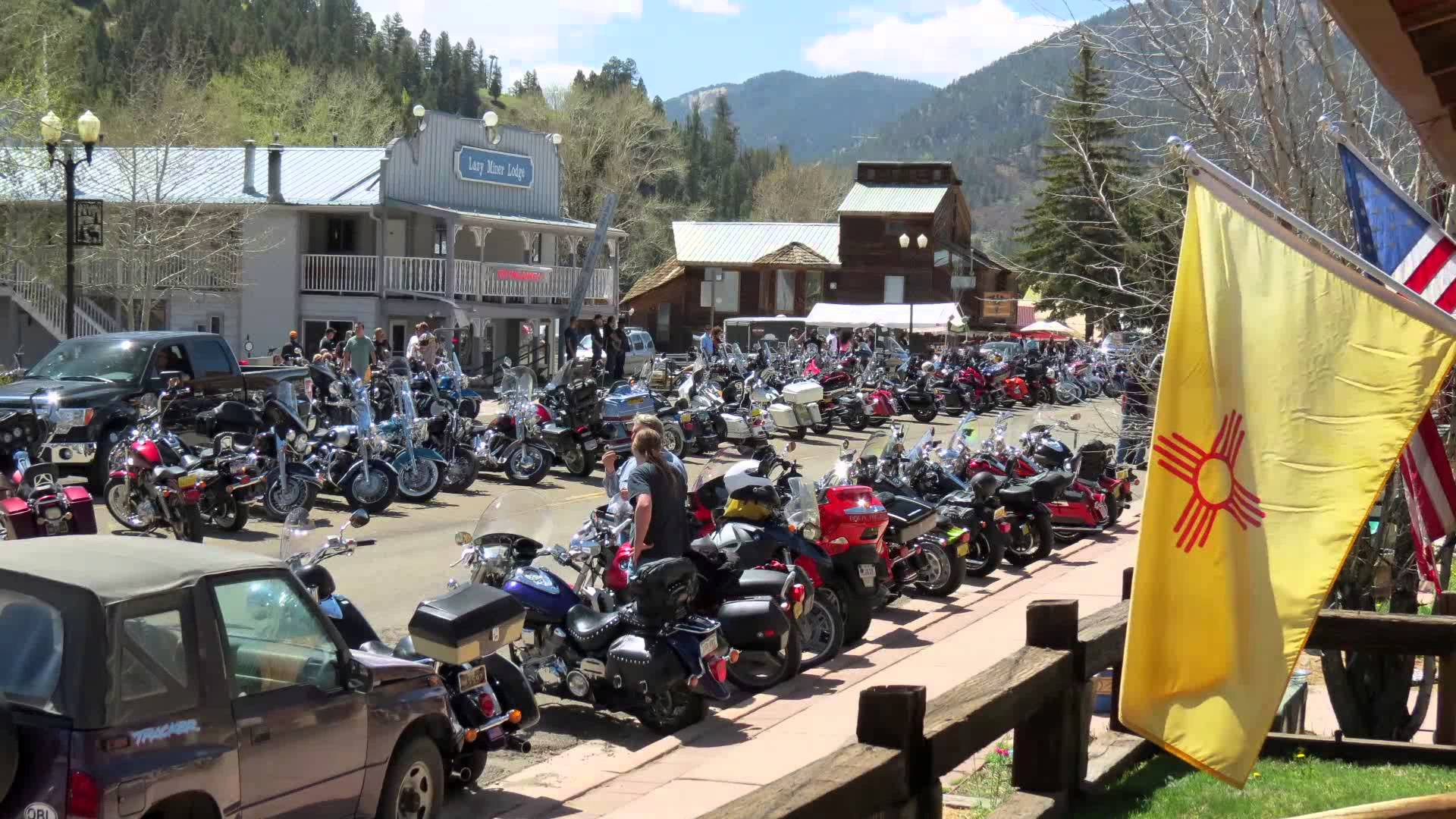 Sturgis Mississippi Getting Set For The Rally 2015 Pictures