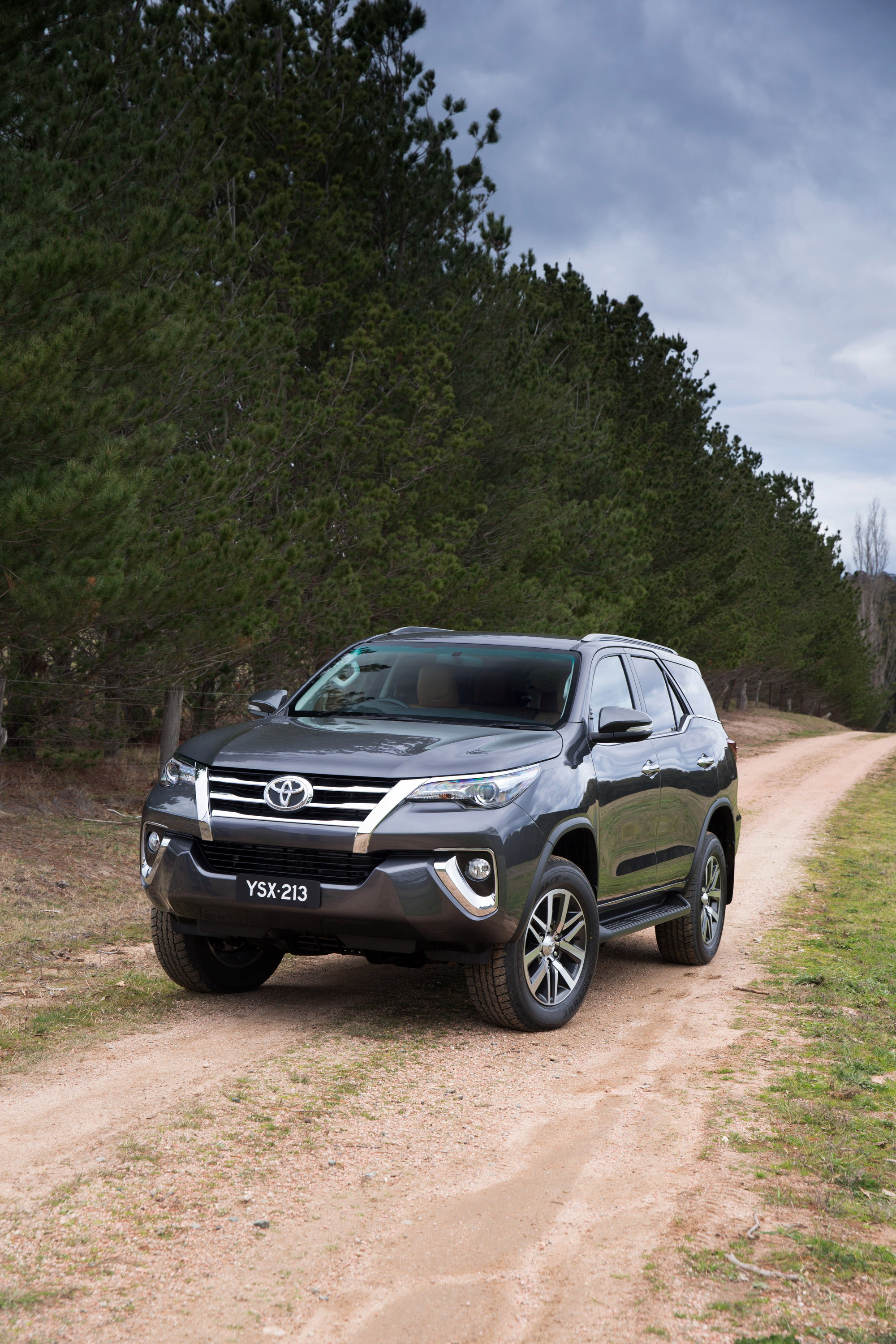 2016 Toyota Fortuner - Picture 637175 | truck review @ Top ...