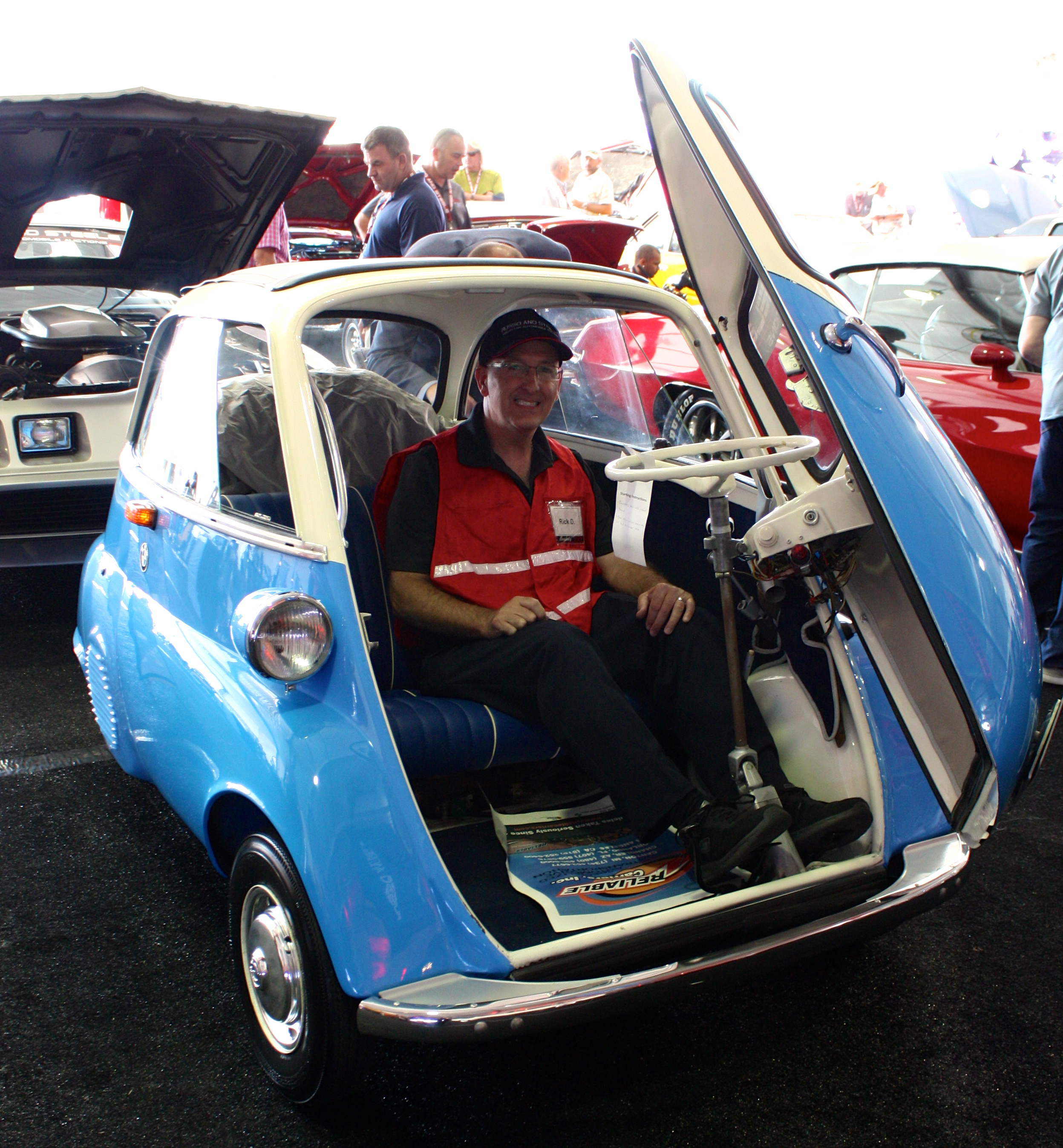 1955 - 1962 BMW Isetta Review - Top Speed
