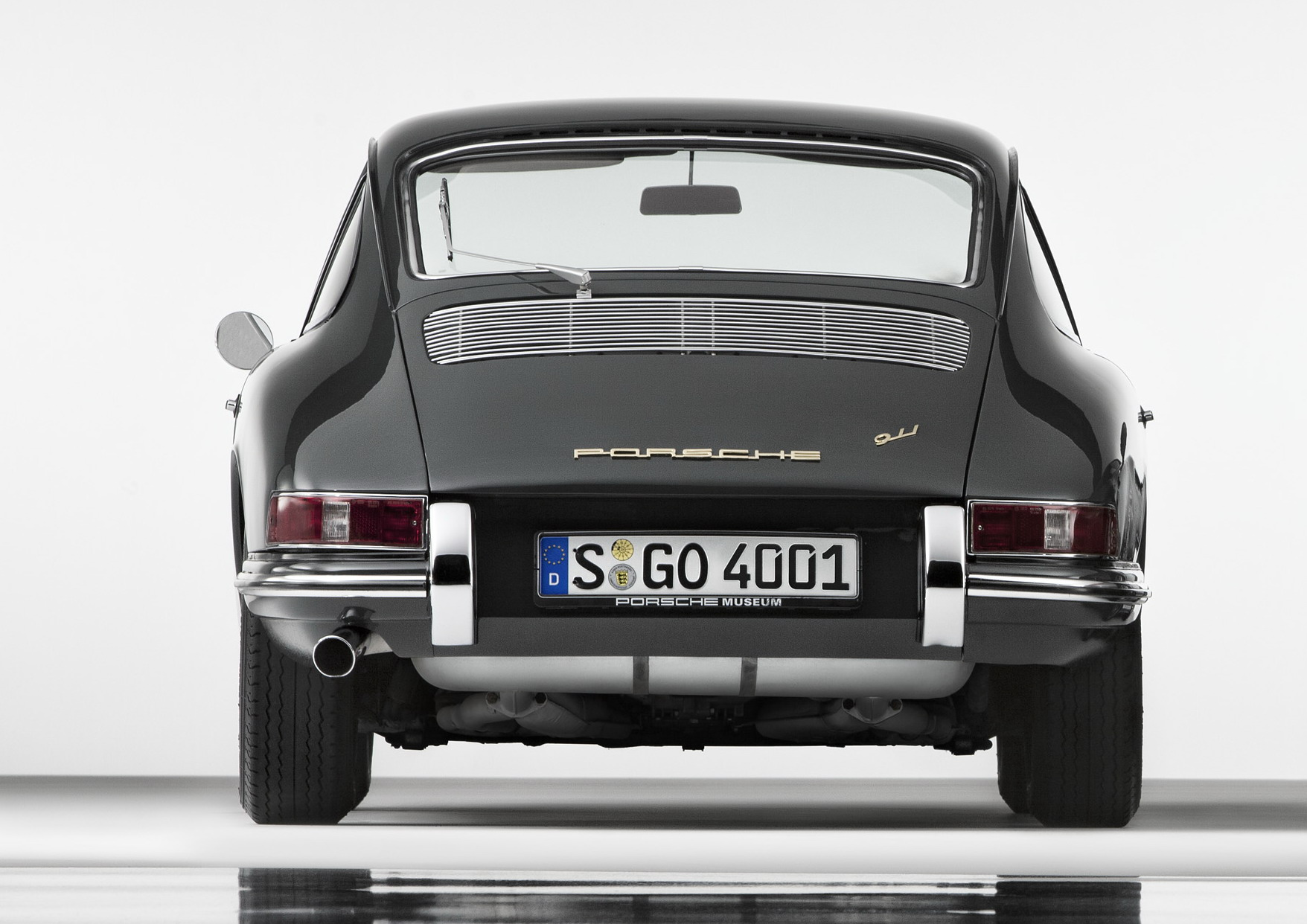 1963 1964 porsche 911 901 review top speed there have been a lot of iconic sports cars over the years but the porsche 911 has reached a whole different level of iconic it is the standard by which vanachro Gallery
