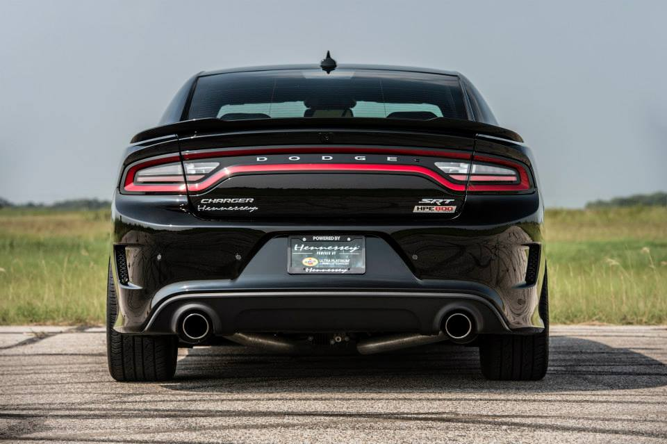 2015 dodge charger hellcat hpe800 by hennessey review. Black Bedroom Furniture Sets. Home Design Ideas