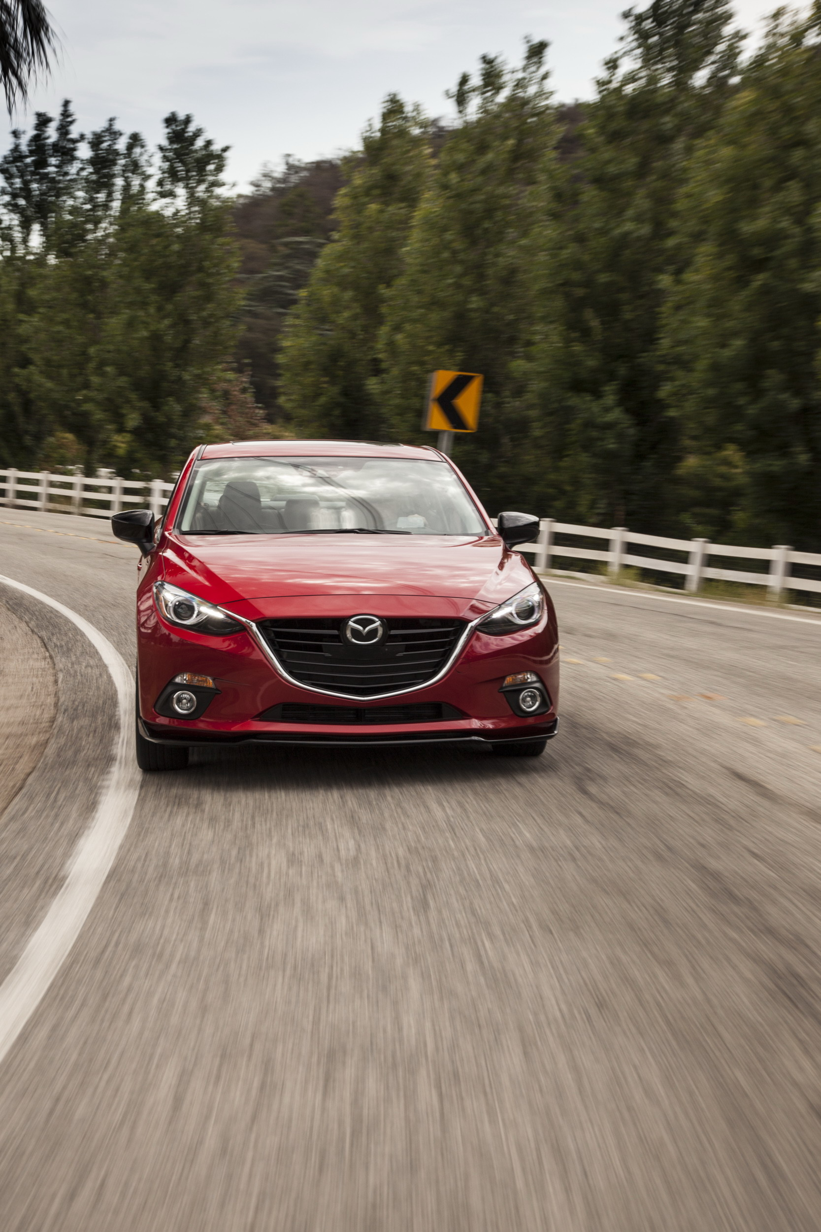 Mazda 3 Owners Manual: Cleaning the Upholstery andInterior Trim