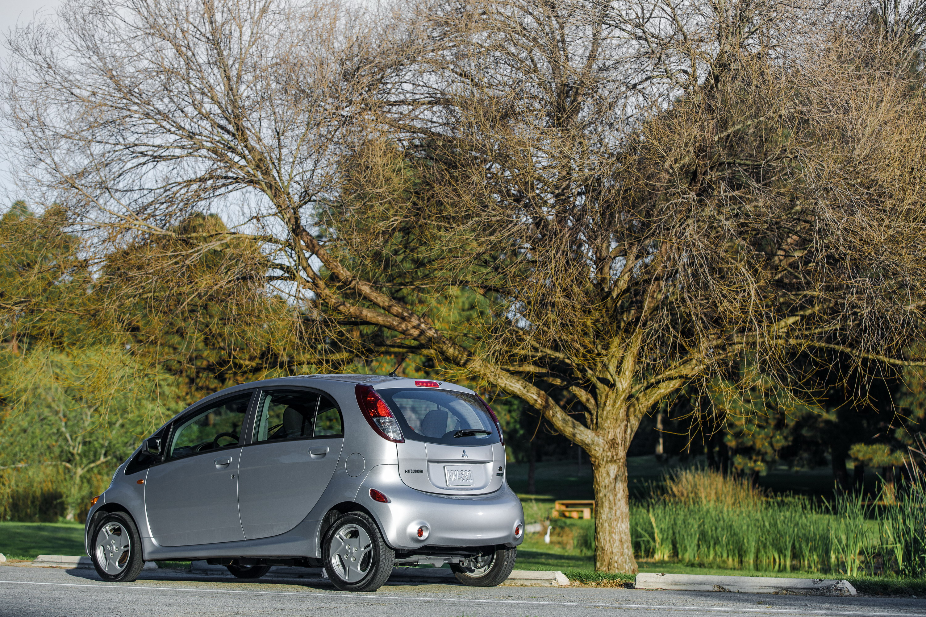 2014 mitsubishi i miev review top speed. Black Bedroom Furniture Sets. Home Design Ideas