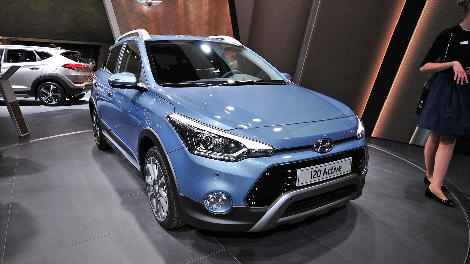 2016 hyundai i20 active pictures  photos  wallpapers