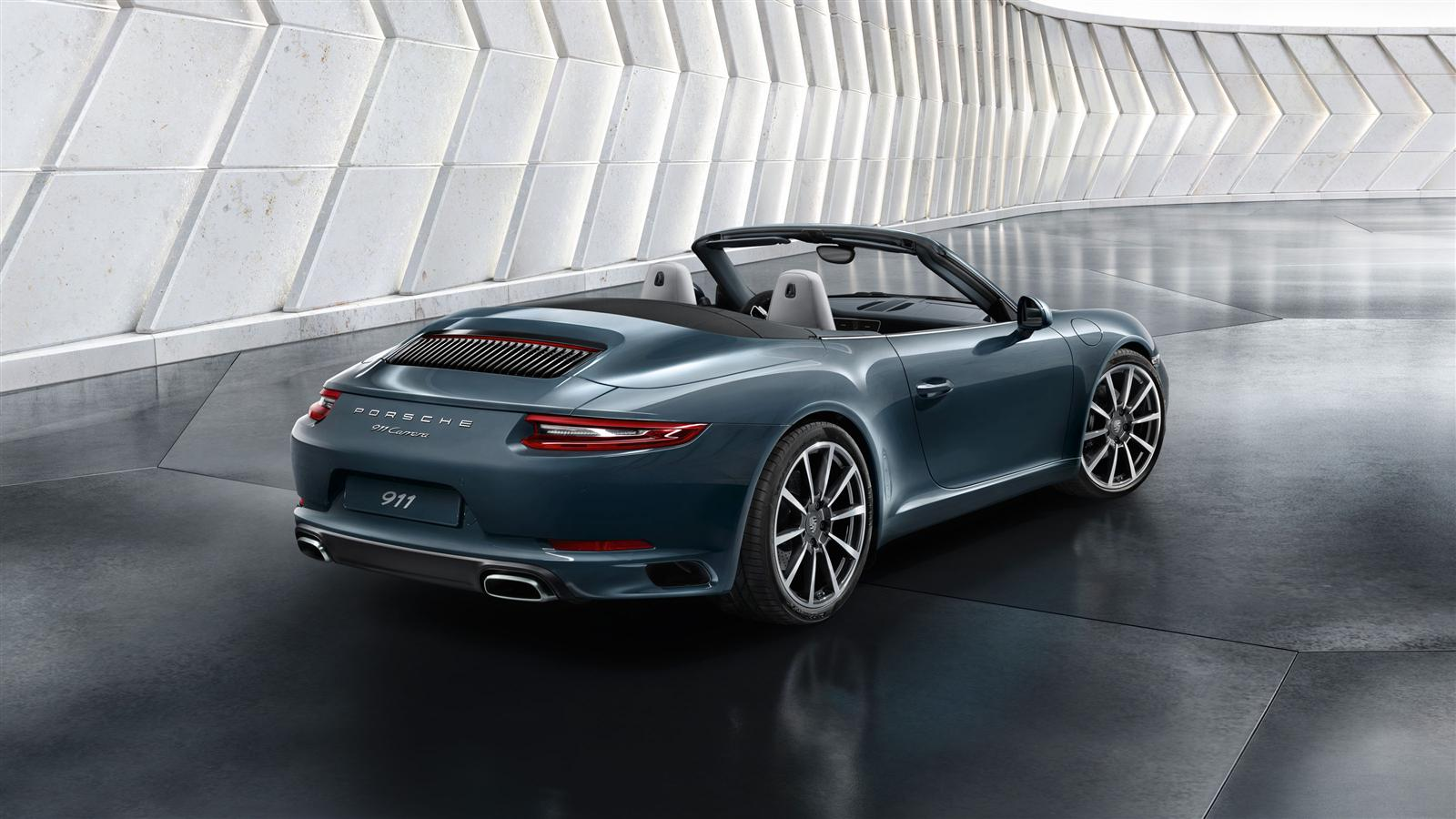 2016 Porsche 911 Convertible | Top Speed. »