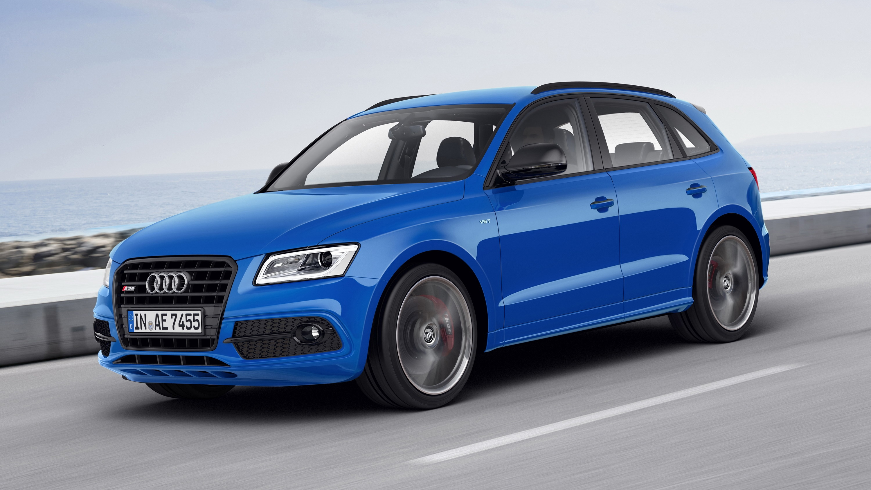 2016 audi sq5 tdi plus review top speed. Black Bedroom Furniture Sets. Home Design Ideas