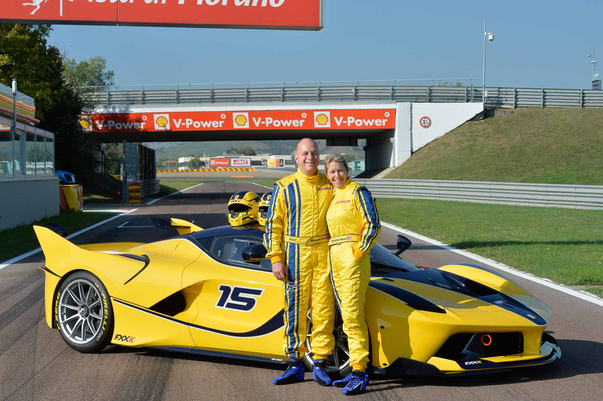 The Mrs Drives Her Ferrari Fxx K At Fiorano Video Top Speed