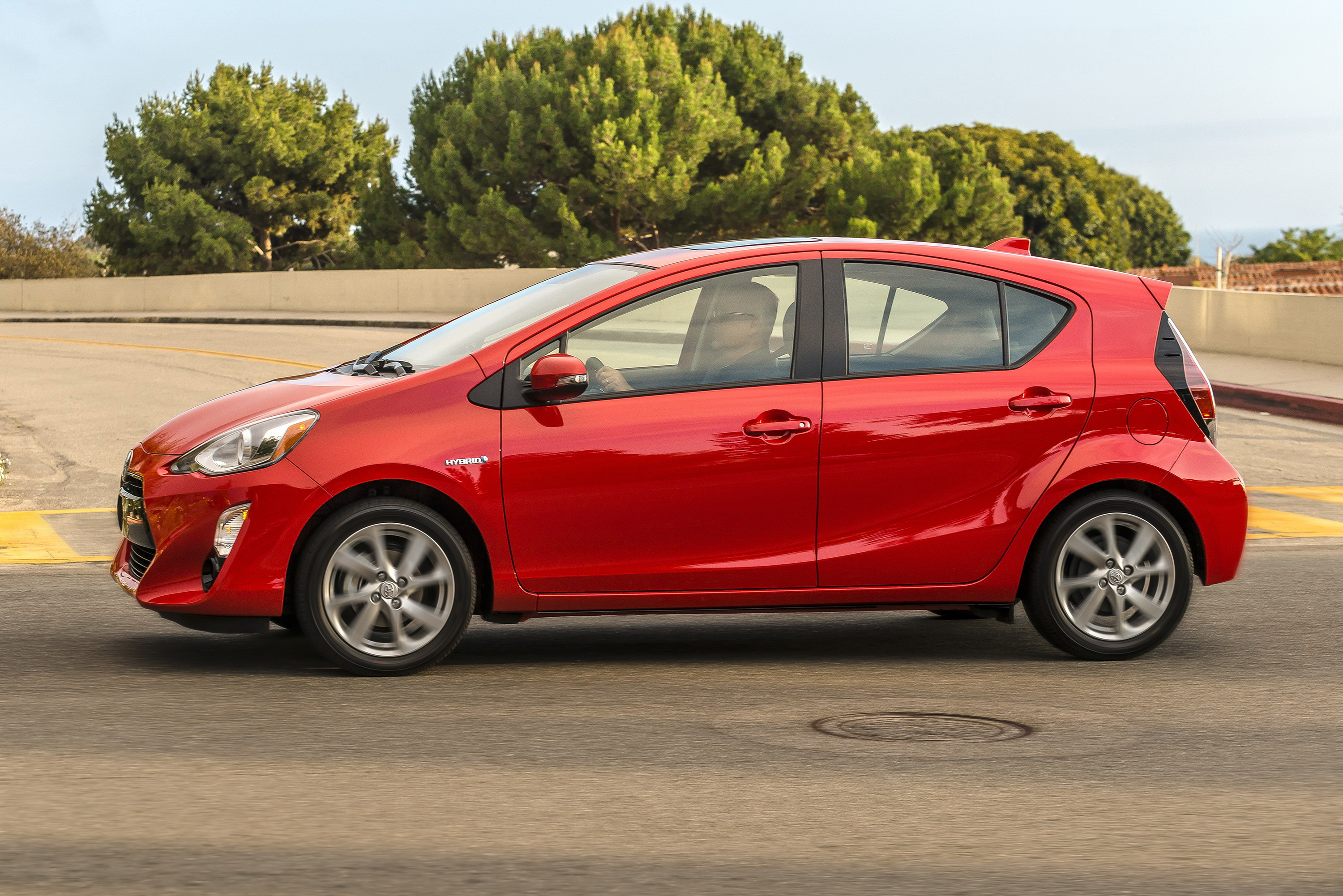 2015 toyota prius c review gallery 650932 top speed. Black Bedroom Furniture Sets. Home Design Ideas