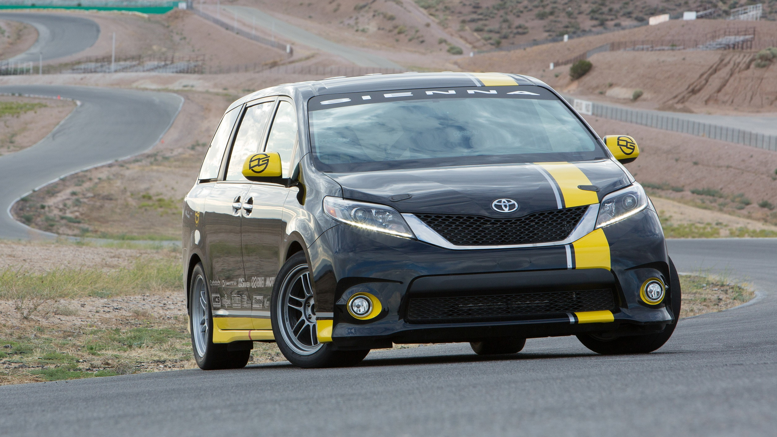 2015 Toyota Sienna R Tuned Concept Top Speed