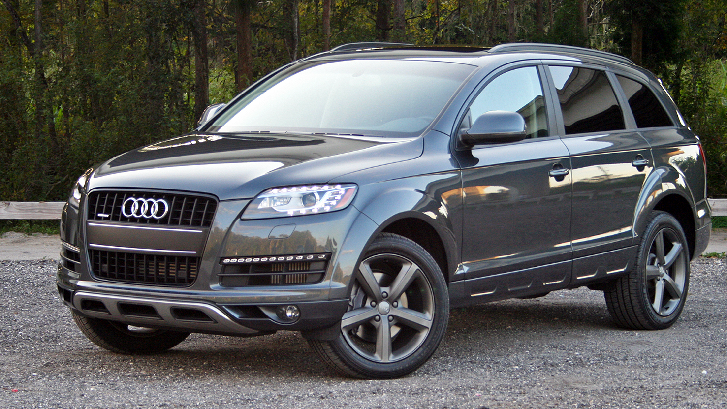 2015 audi q7 driven top speed. Black Bedroom Furniture Sets. Home Design Ideas