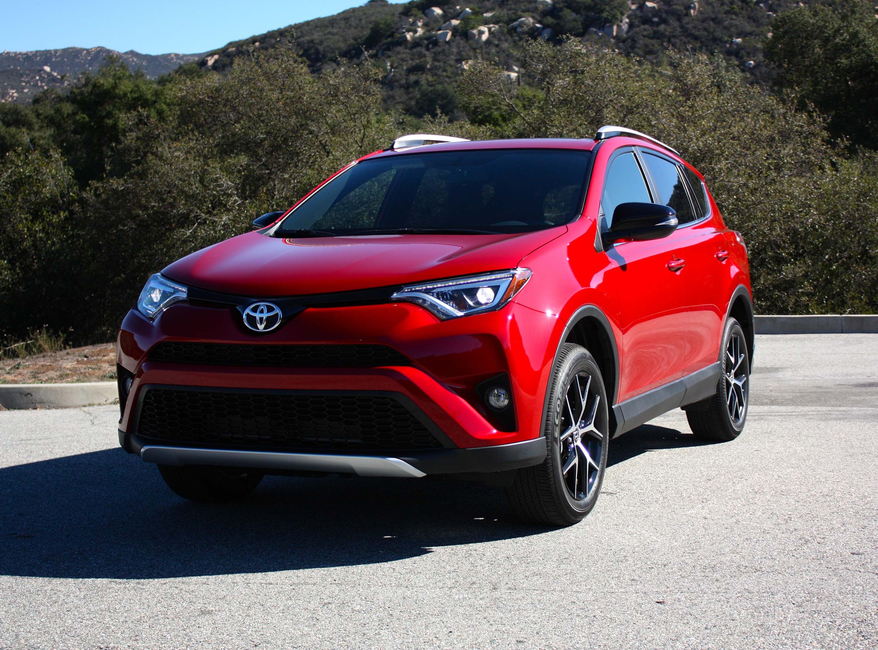 2016 toyota rav4 driving impression and review review top speed. Black Bedroom Furniture Sets. Home Design Ideas