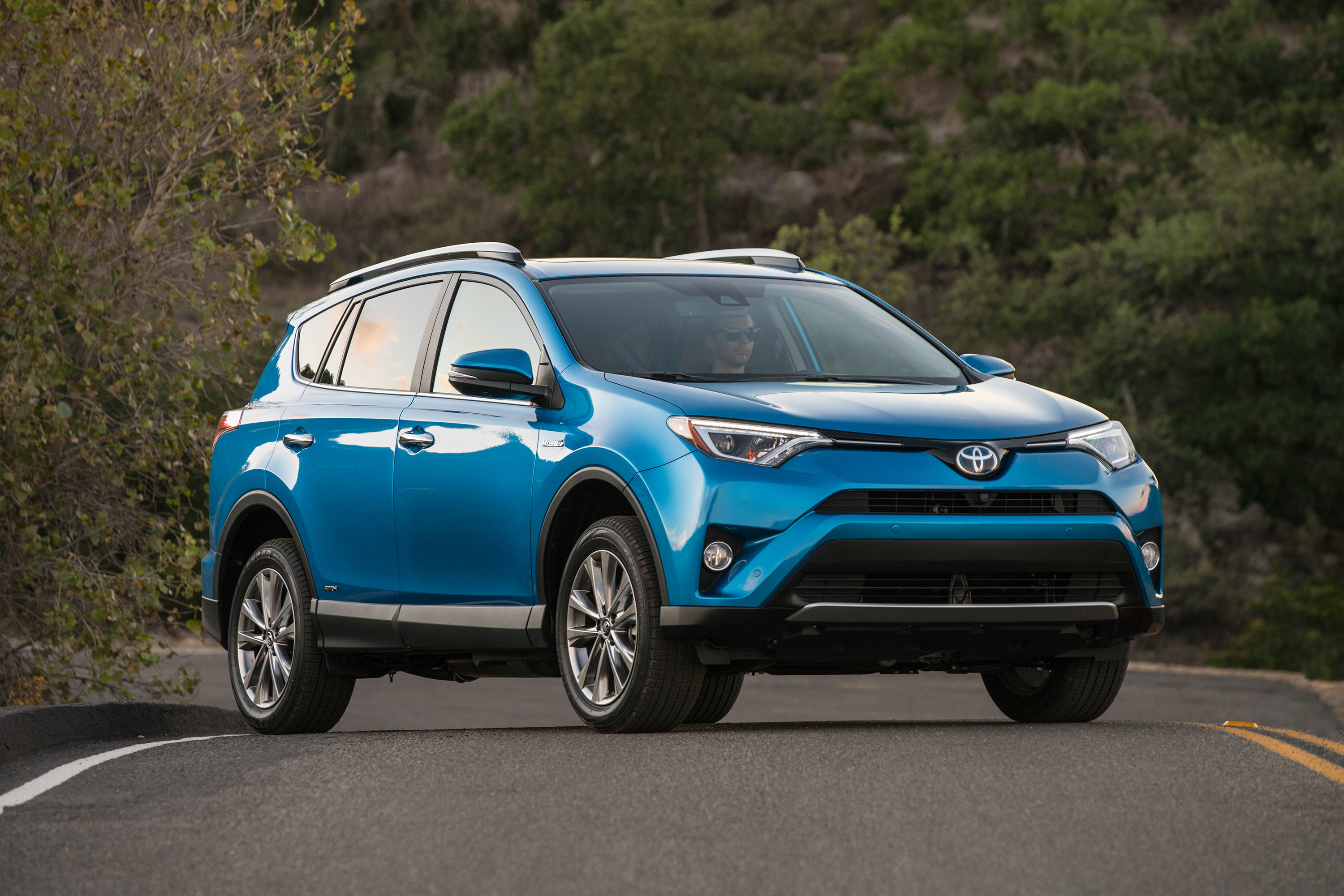 2016 toyota rav4 driving impression and review review top speed sciox Gallery