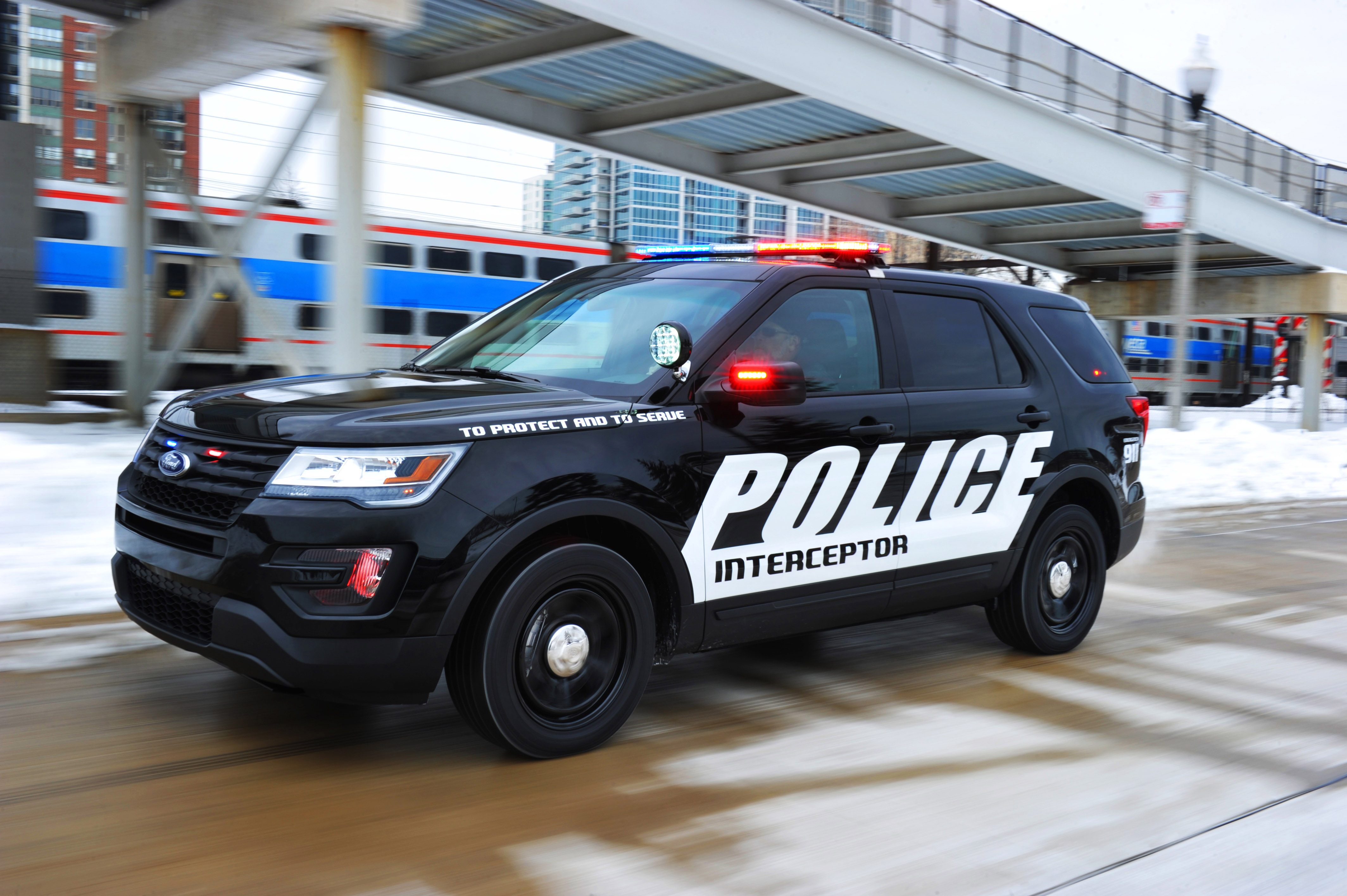 Ford's Pursuit Vehicles Ranked Highest In Police Department Testing ...