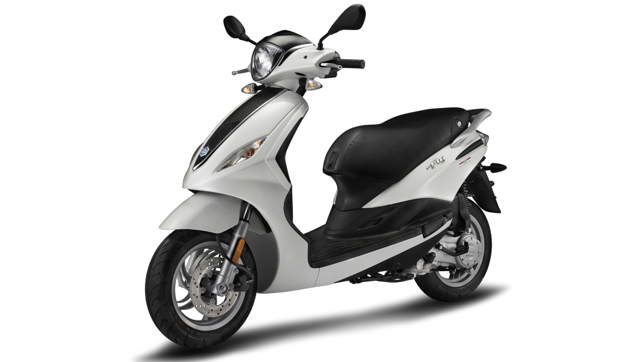 2014 2017 piaggio fly 50 fly 150 review top speed. Black Bedroom Furniture Sets. Home Design Ideas