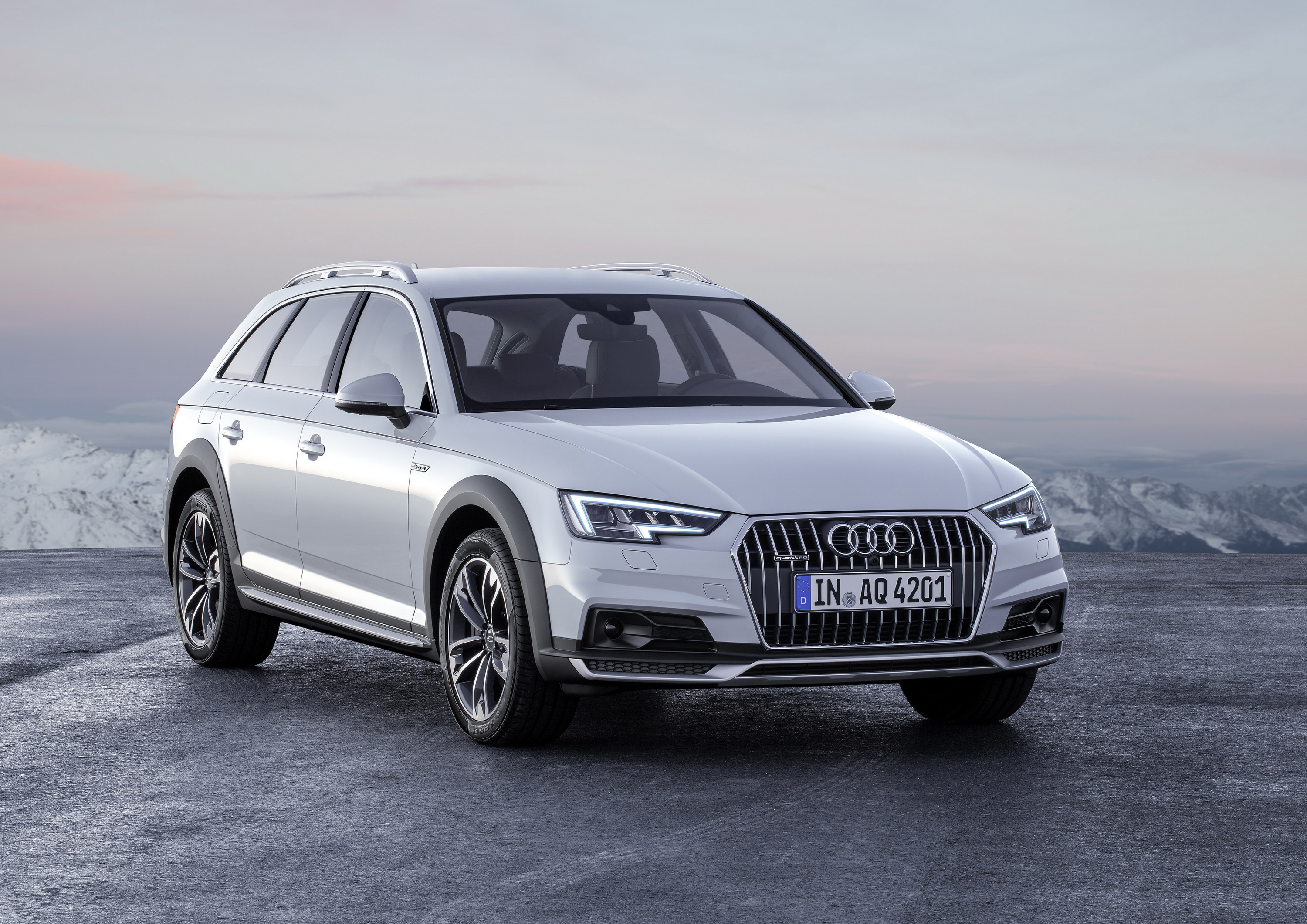 2017 - 2018 Audi A4 Allroad Quattro | Top Sd