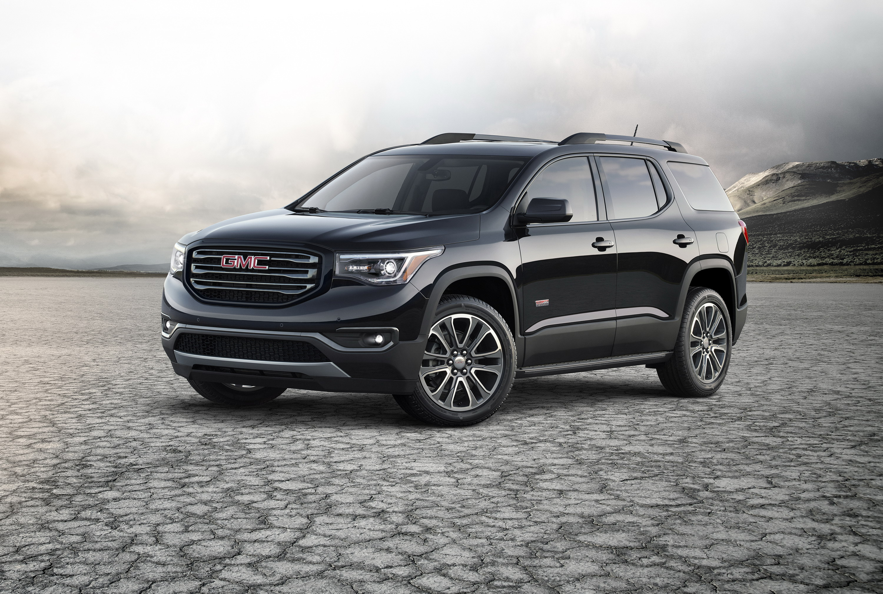 youtube chicago auto watch denali show gmc the debuts acadia at