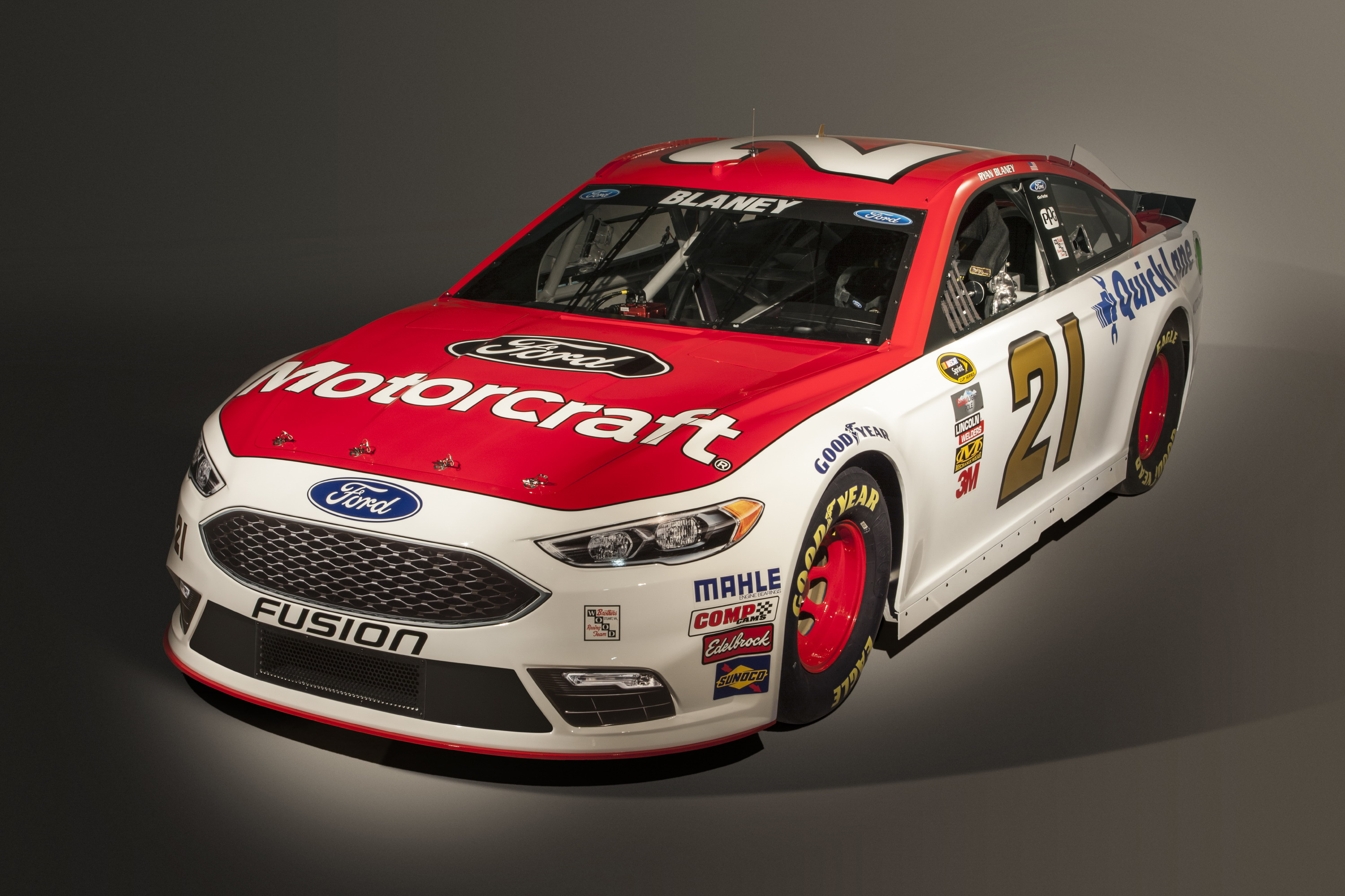 2016 Ford Fusion NASCAR | Top Speed
