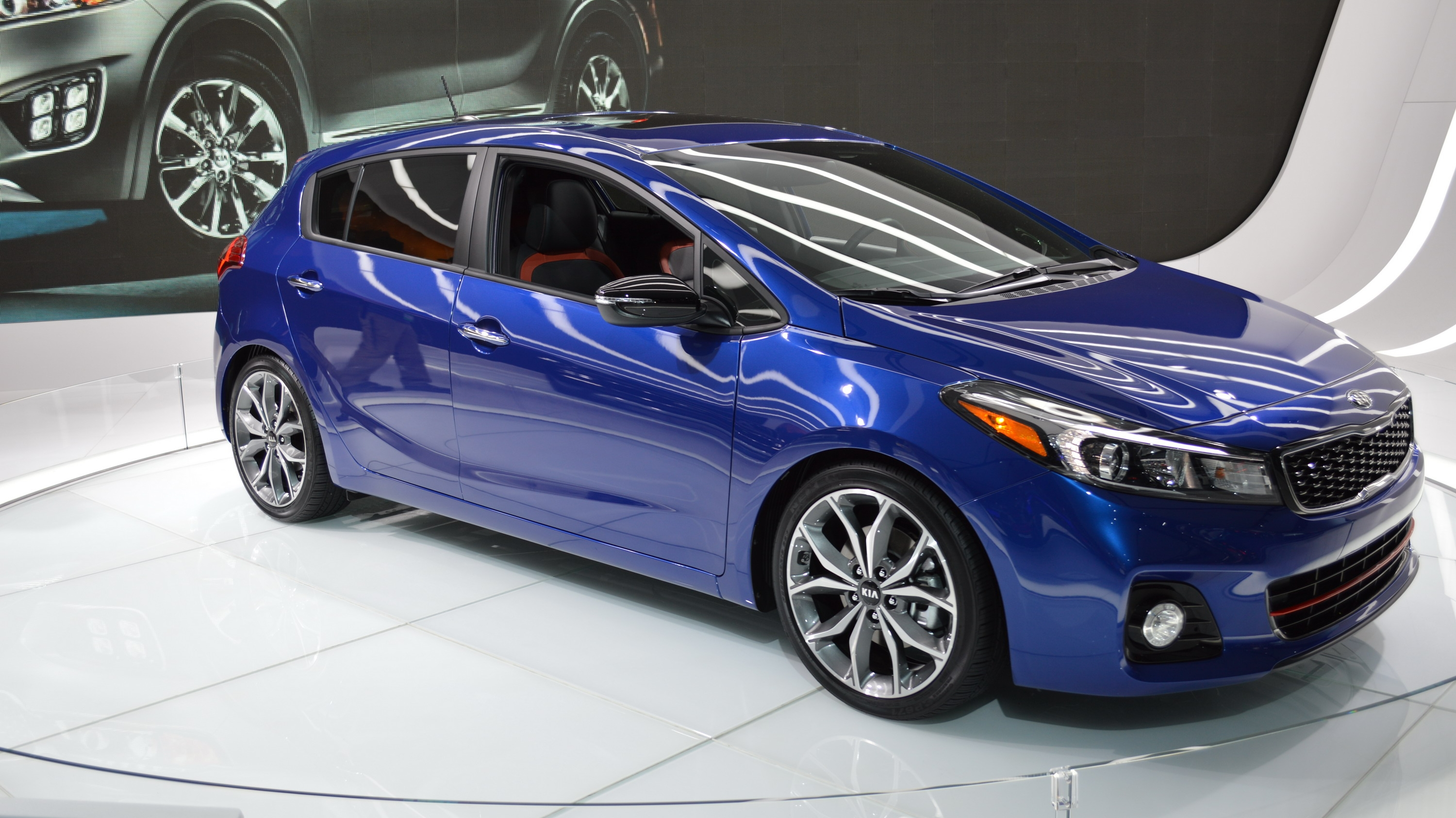 2017 kia forte5 review top speed