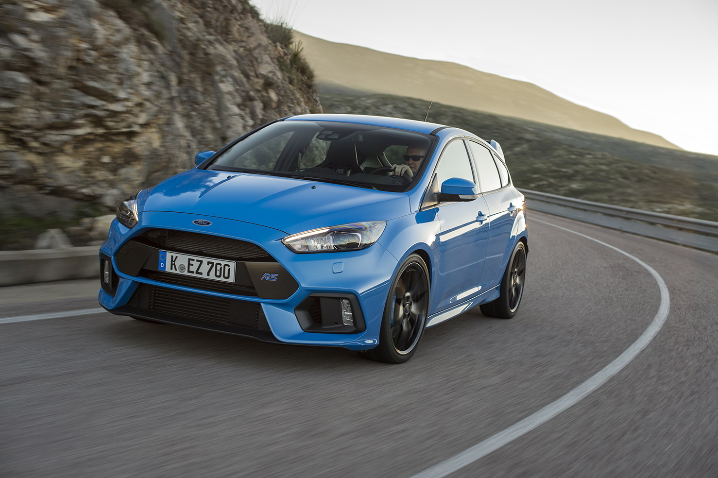the next gen focus rs could stick it to mercedes amg and audi with a 400 horsepower hybrid. Black Bedroom Furniture Sets. Home Design Ideas