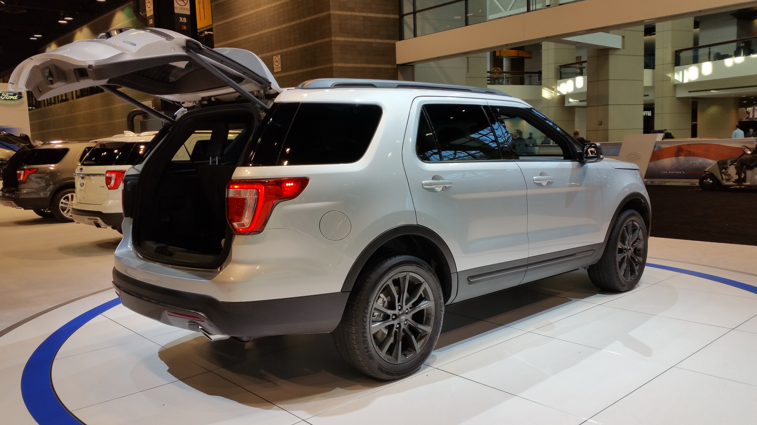 2017 ford explorer xlt sport appearance package top speed