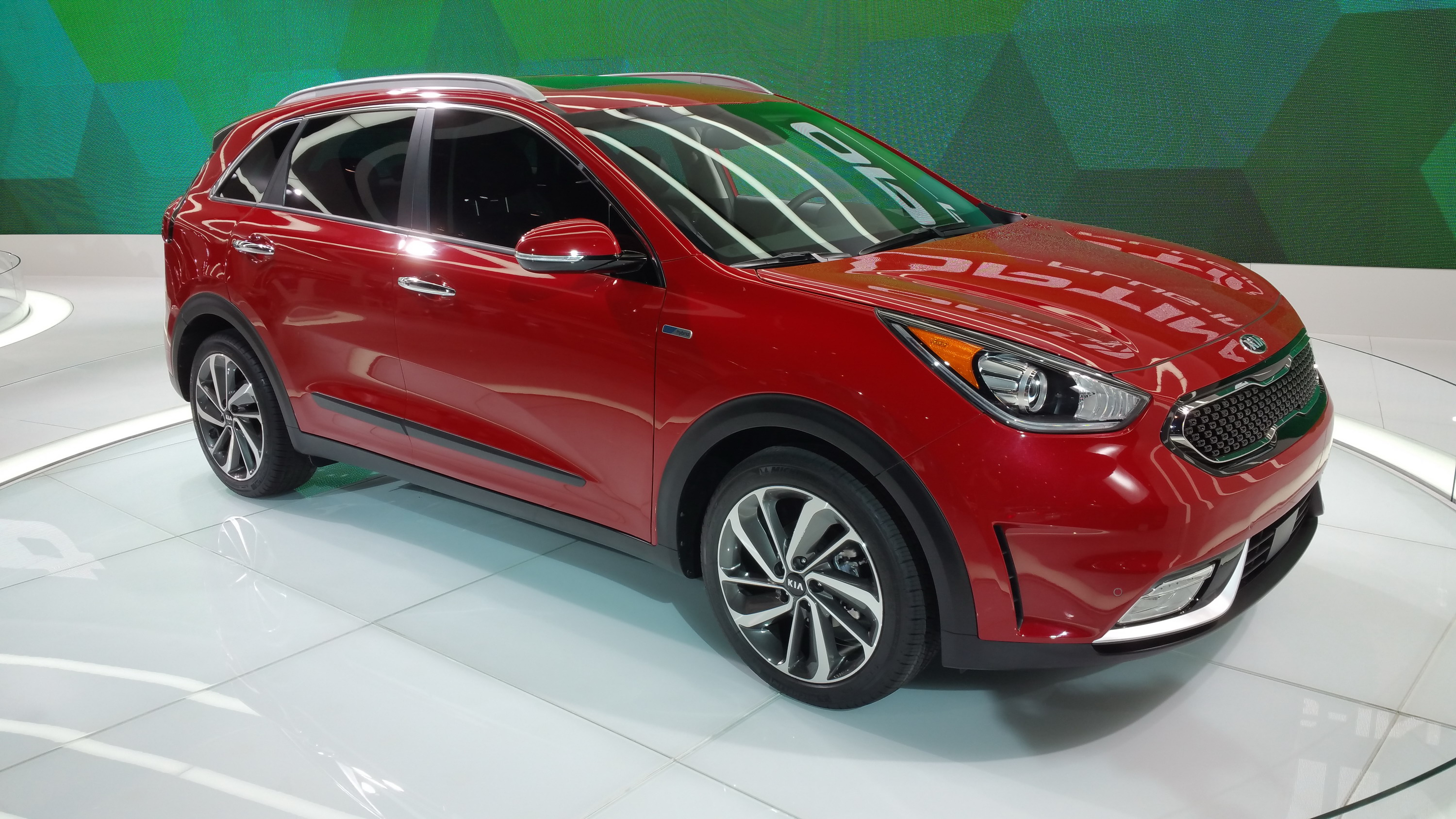kia niro 2018 redesign engine specs change price release. Black Bedroom Furniture Sets. Home Design Ideas