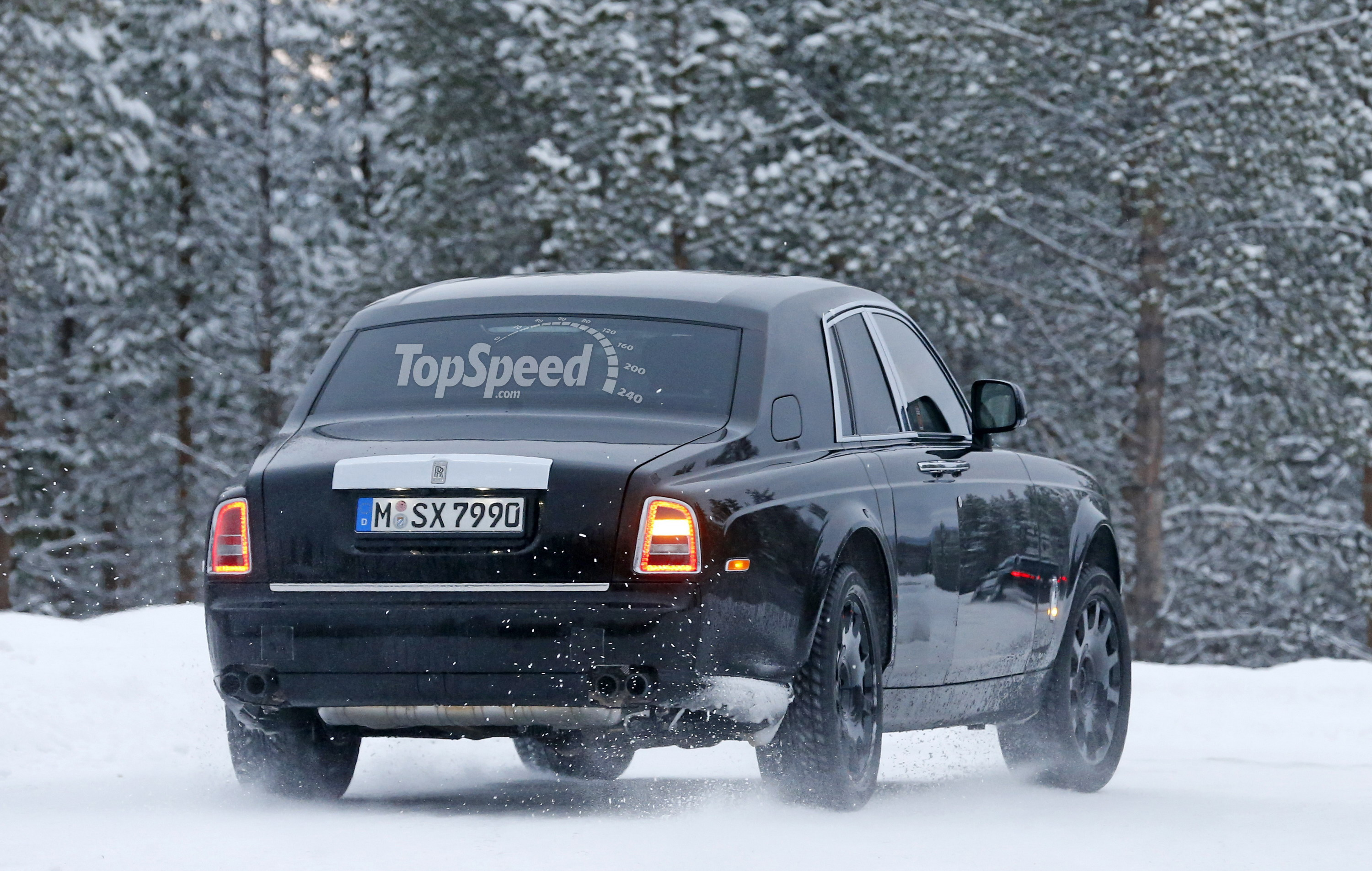 2018 rolls royce cullinan. fine royce the luxury suv bug has bitten its share of automakers in recent years up  to now rollsroyce been an exception come 2015 automaker  with 2018 rolls royce cullinan