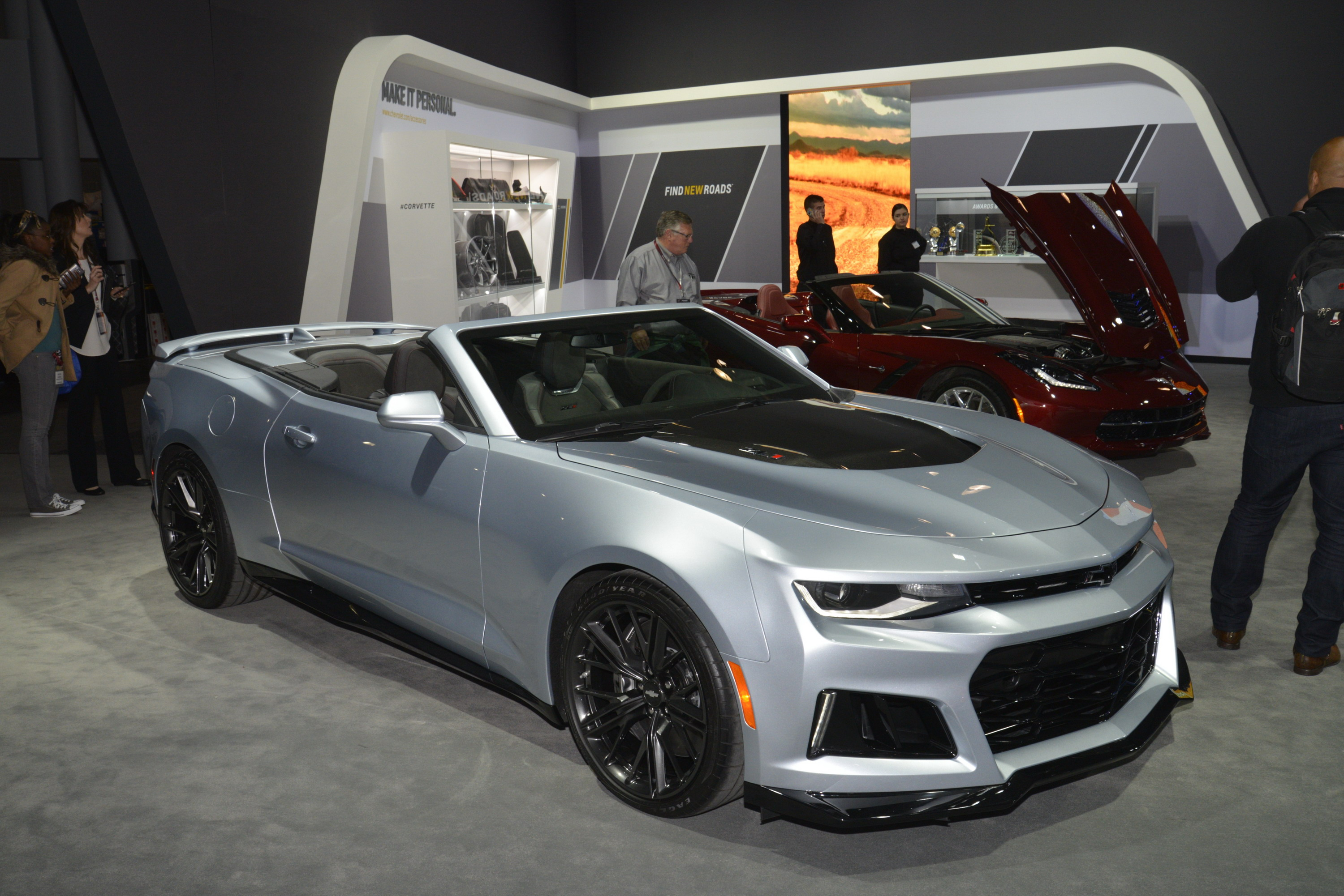 2018 Chevrolet Camaro Zl1 Convertible Gallery 670735 Top