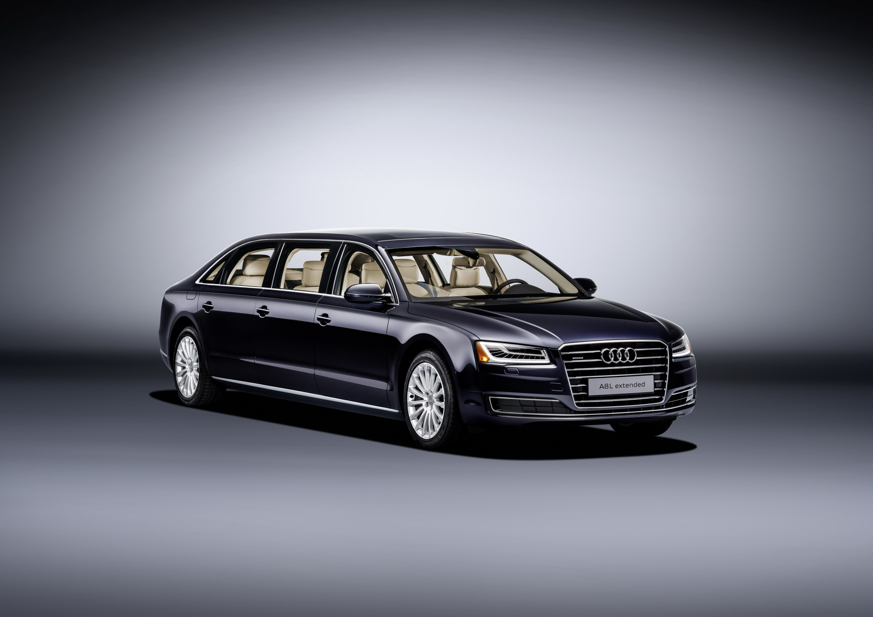 Audi AL Extended Top Speed - Audi a8l