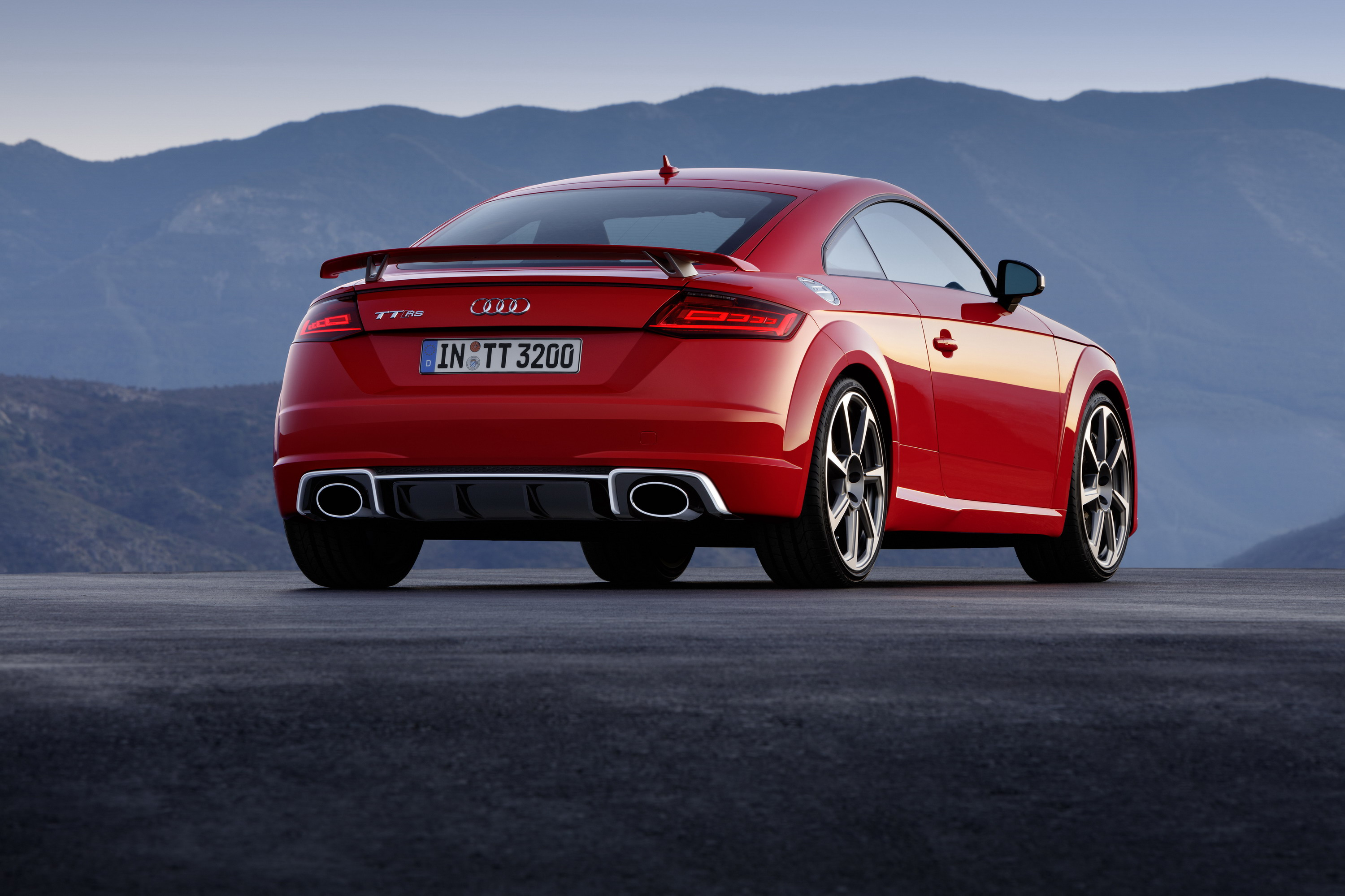 2017 audi tt-rs review - top speed