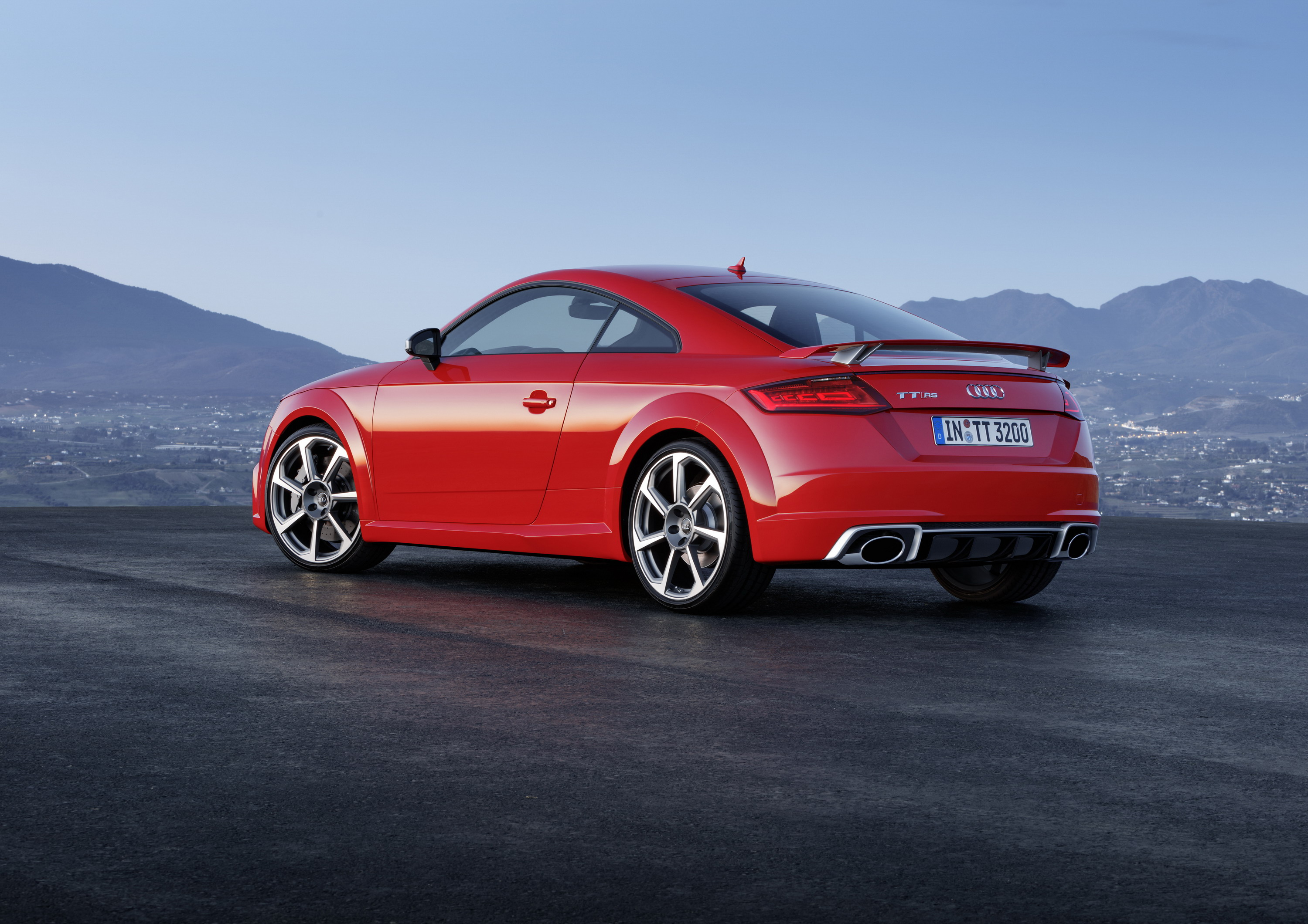 2017 Audi Tt Rs Review Top Speed