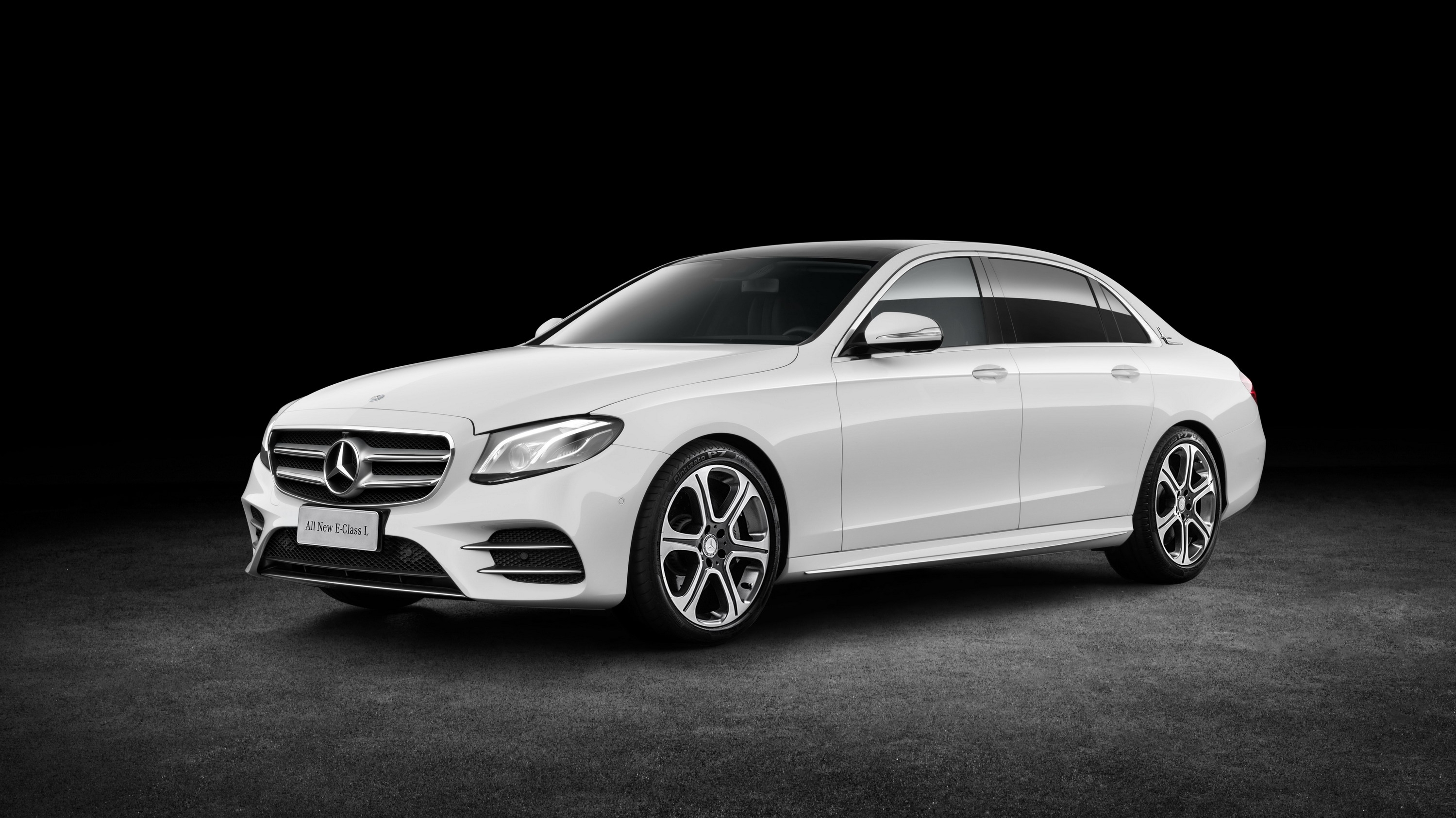2017 Mercedes-Benz E-Class L | Top Speed