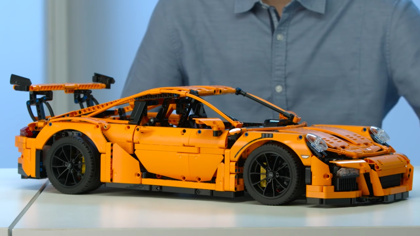 This LEGO Porsche 911 GT3 RS Looks Amazing: Video News ...
