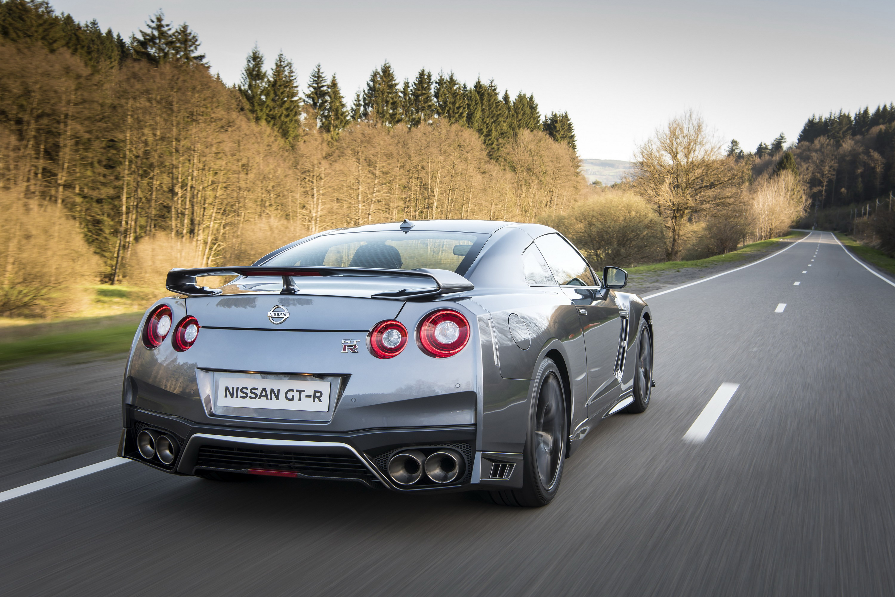2017 nissan gt-r review - top speed