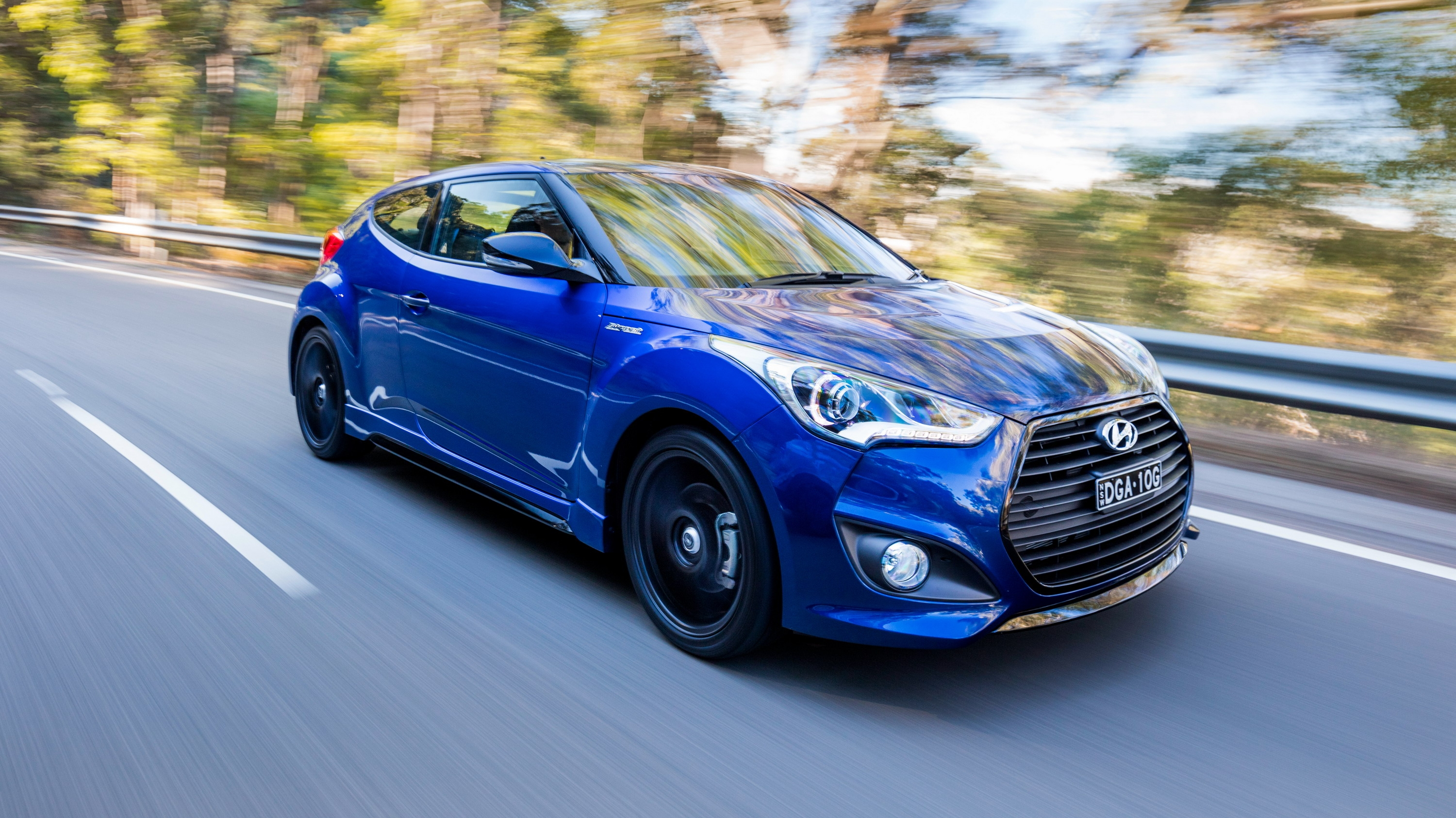 Hyundai wanted to make a special edition model of its sporty veloster and there was no better way than to start with the veloster series ii sr turbo