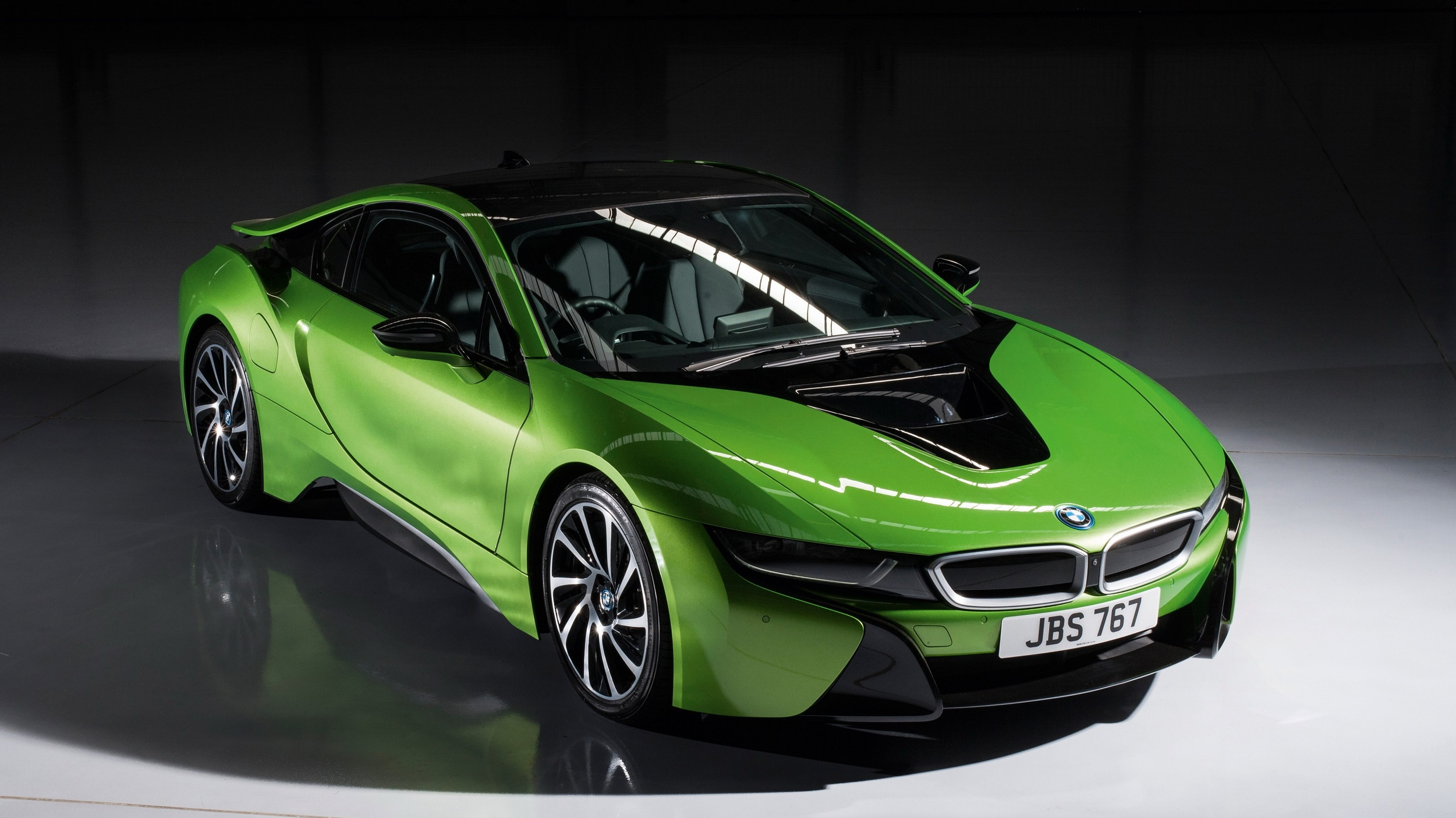 BMW Considering All Electric Replacement For The I8 Hybrid Sports Car