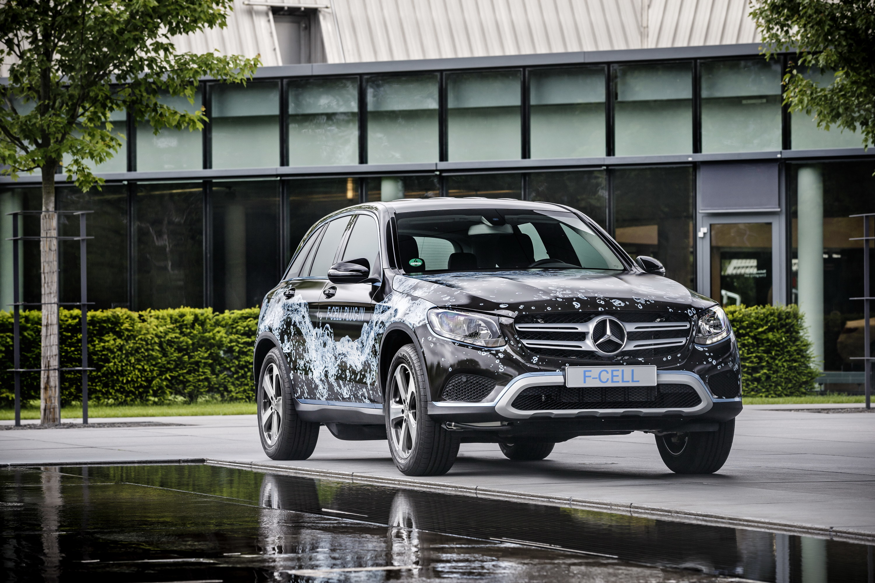 2018 Mercedes-Benz GLC F-Cell Review - Top Speed