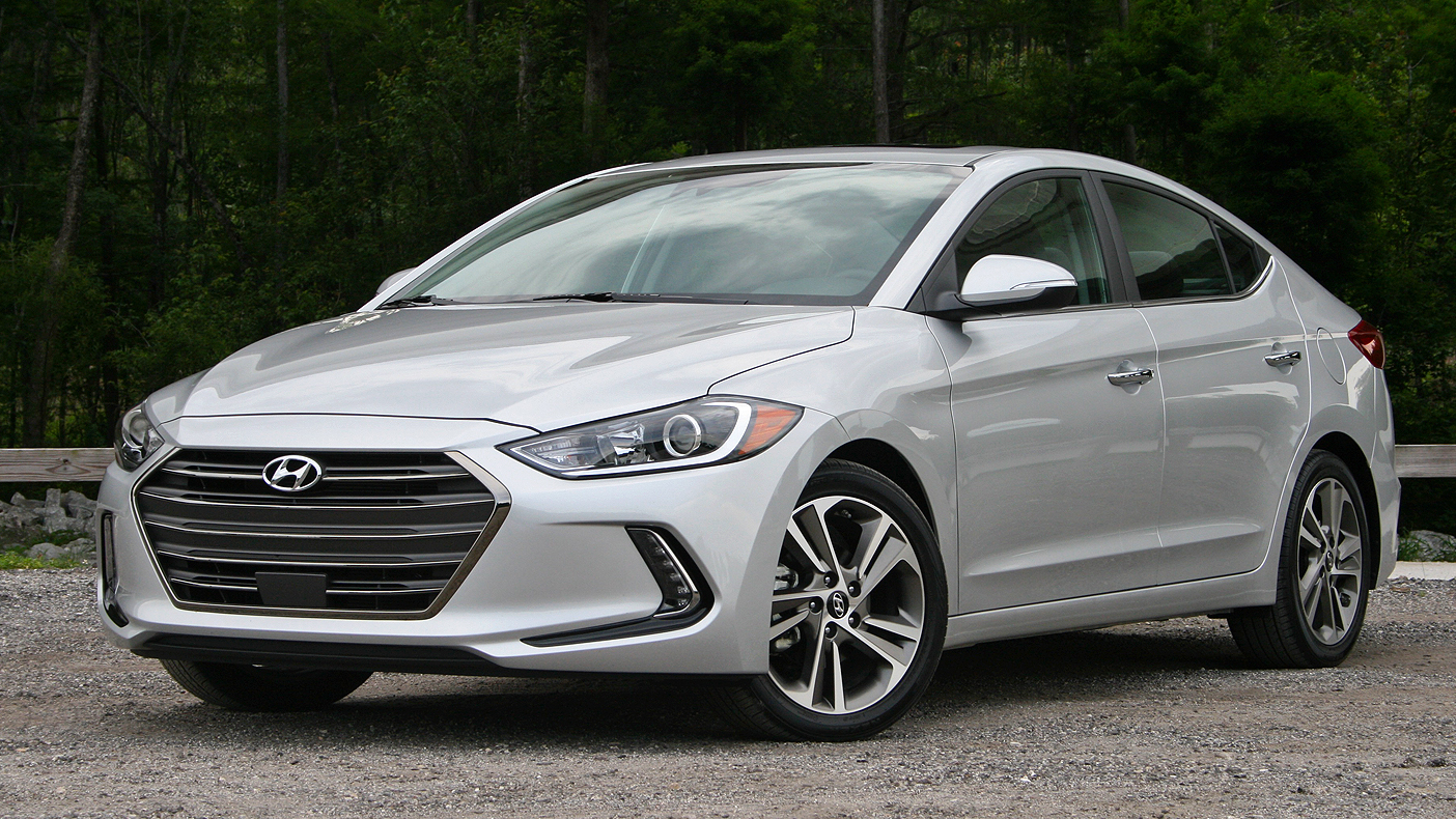 2017 hyundai elantra limited driven review top speed. Black Bedroom Furniture Sets. Home Design Ideas