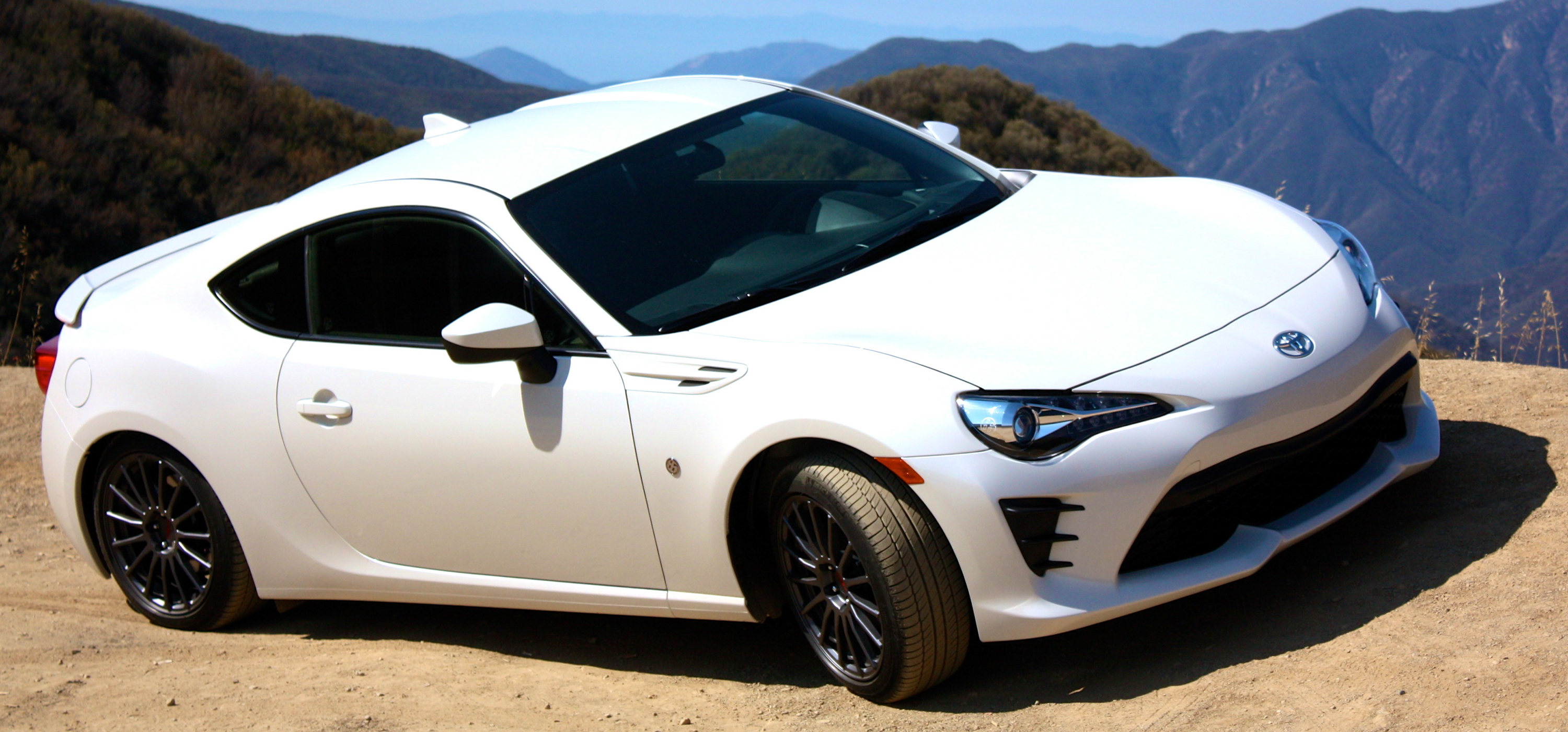 2017 Toyota 86 Driving Impression And Review Pictures