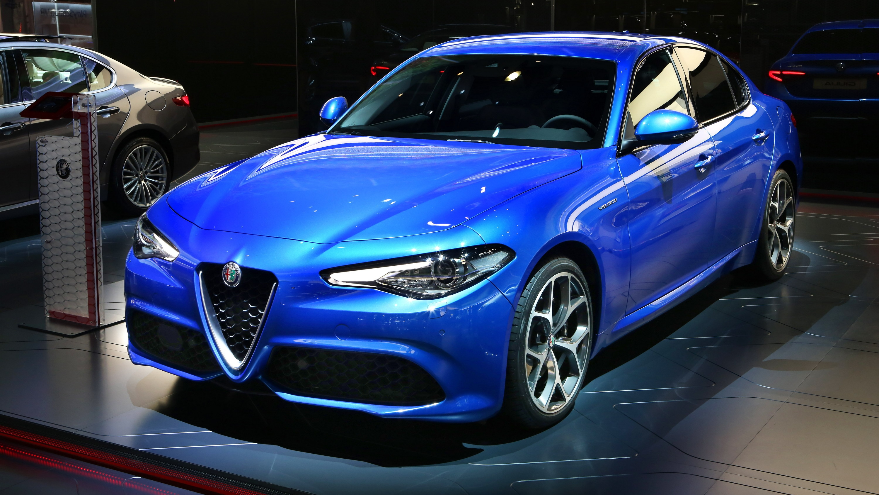 alfa romeo giulia veloce slots nicely between the base and quadrifoglio variants news top speed. Black Bedroom Furniture Sets. Home Design Ideas
