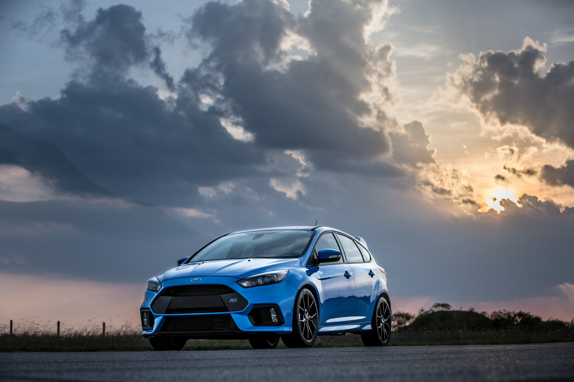 2016 Ford Focus RS By Hennessey | Top Speed