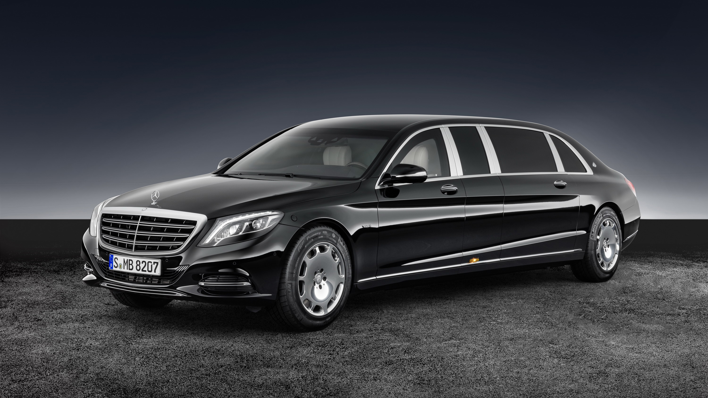 2017 Mercedes Maybach S 600 Pullman Guard Top Speed