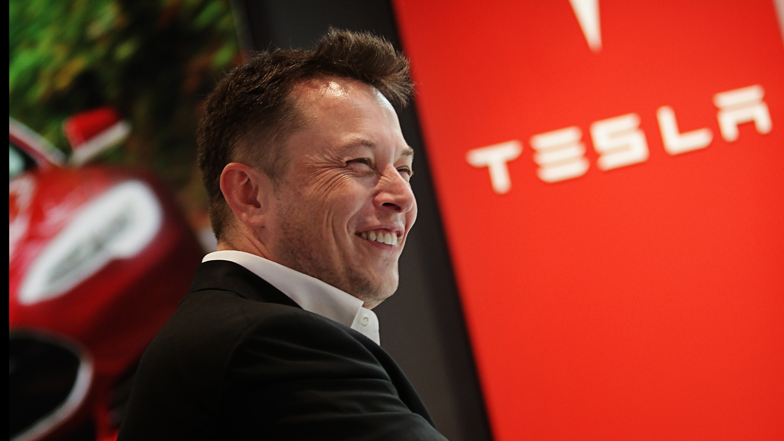Is Tesla Ceo Elon Musk Really A Common Day Slave Driver