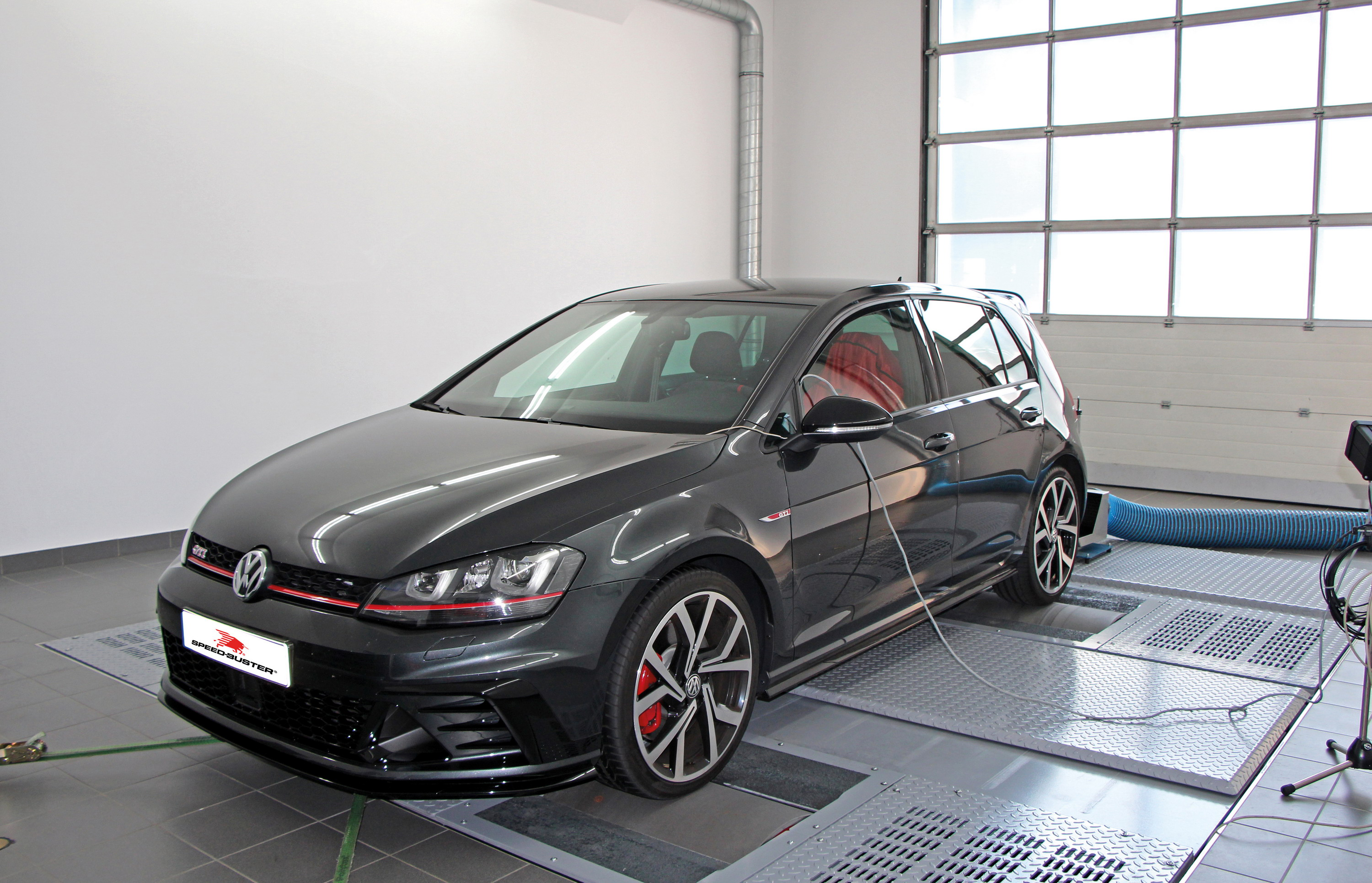 3fee93775559 2016 Volkswagen Golf VII GTI Clubsport By Speed-Buster
