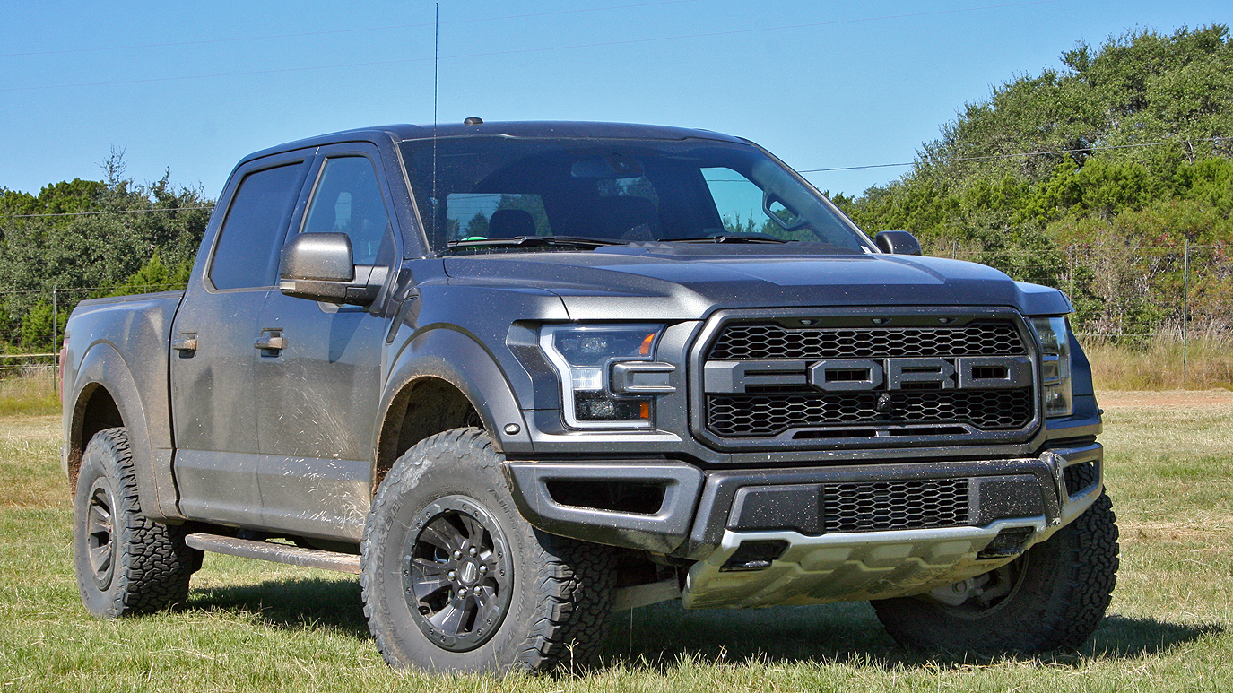 first ride 2017 ford f 150 raptor news gallery top speed. Black Bedroom Furniture Sets. Home Design Ideas