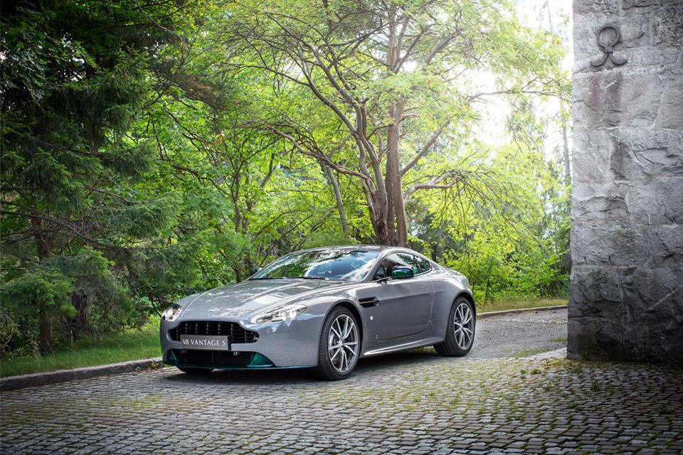2016 Q By Aston Martin V8 Vantage S Swedish Forest Edition Top Speed