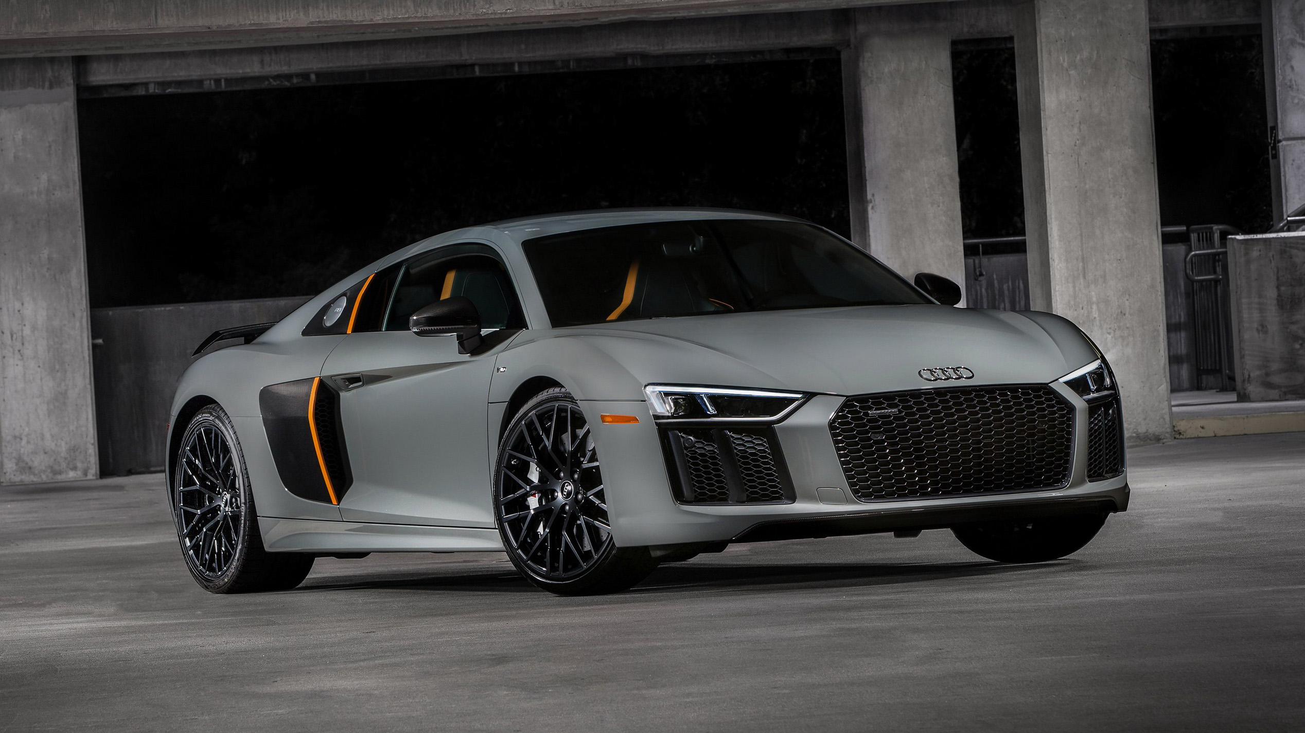 2017 Audi R8 V10 Plus Exclusive Edition | Top Speed. »