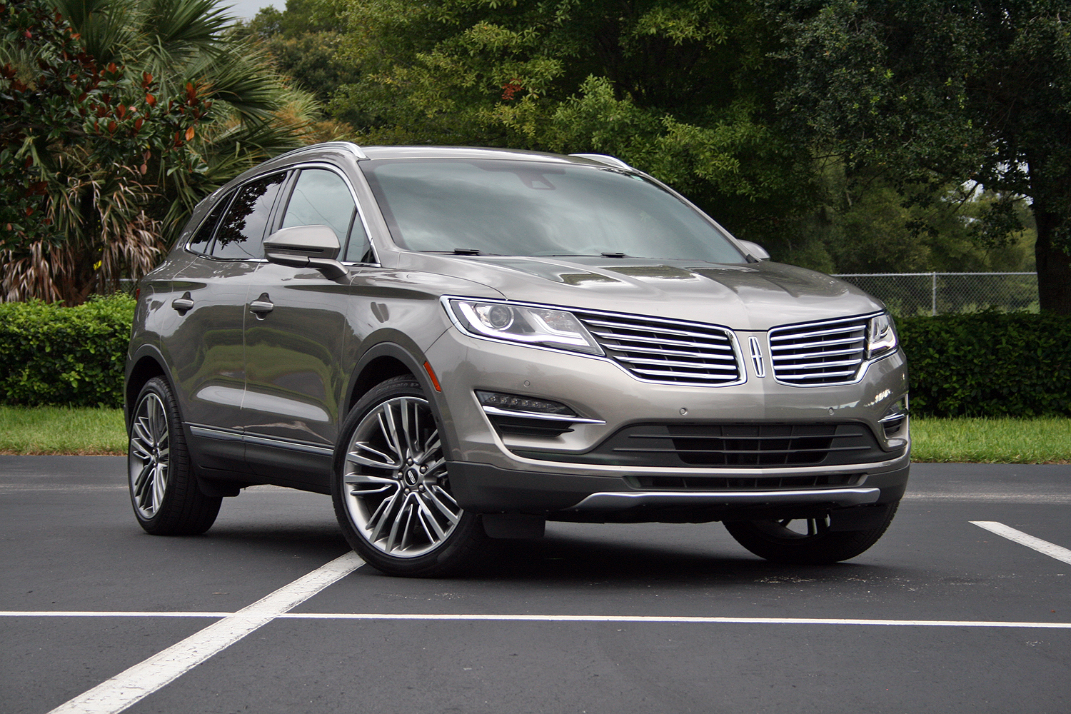 2016 lincoln mkc driven review top speed. Black Bedroom Furniture Sets. Home Design Ideas
