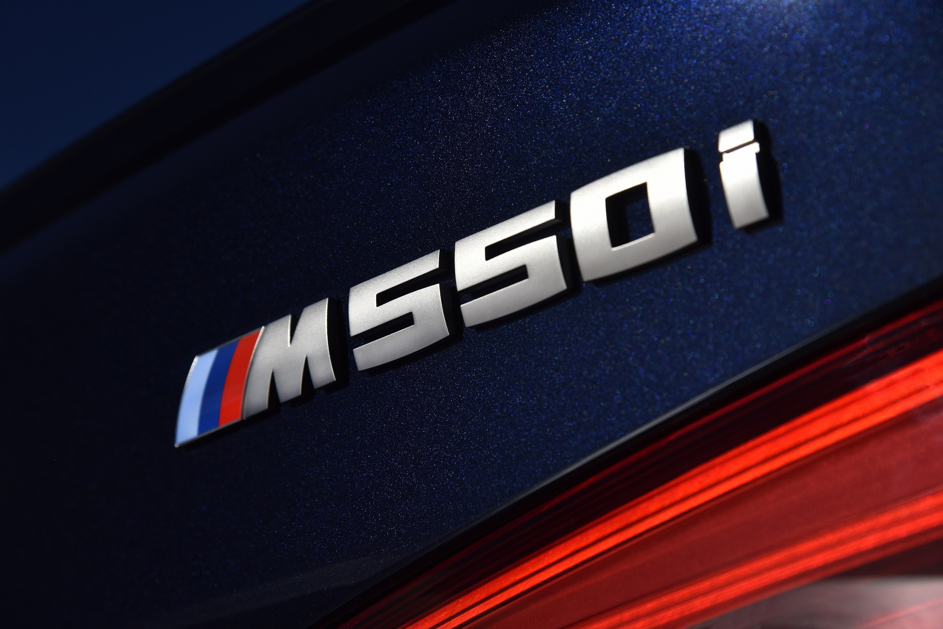 Is the new bmw m5 a waste of money why not just get the m550i is the new bmw m5 a waste of money why not just get the m550i guide top speed buycottarizona Gallery