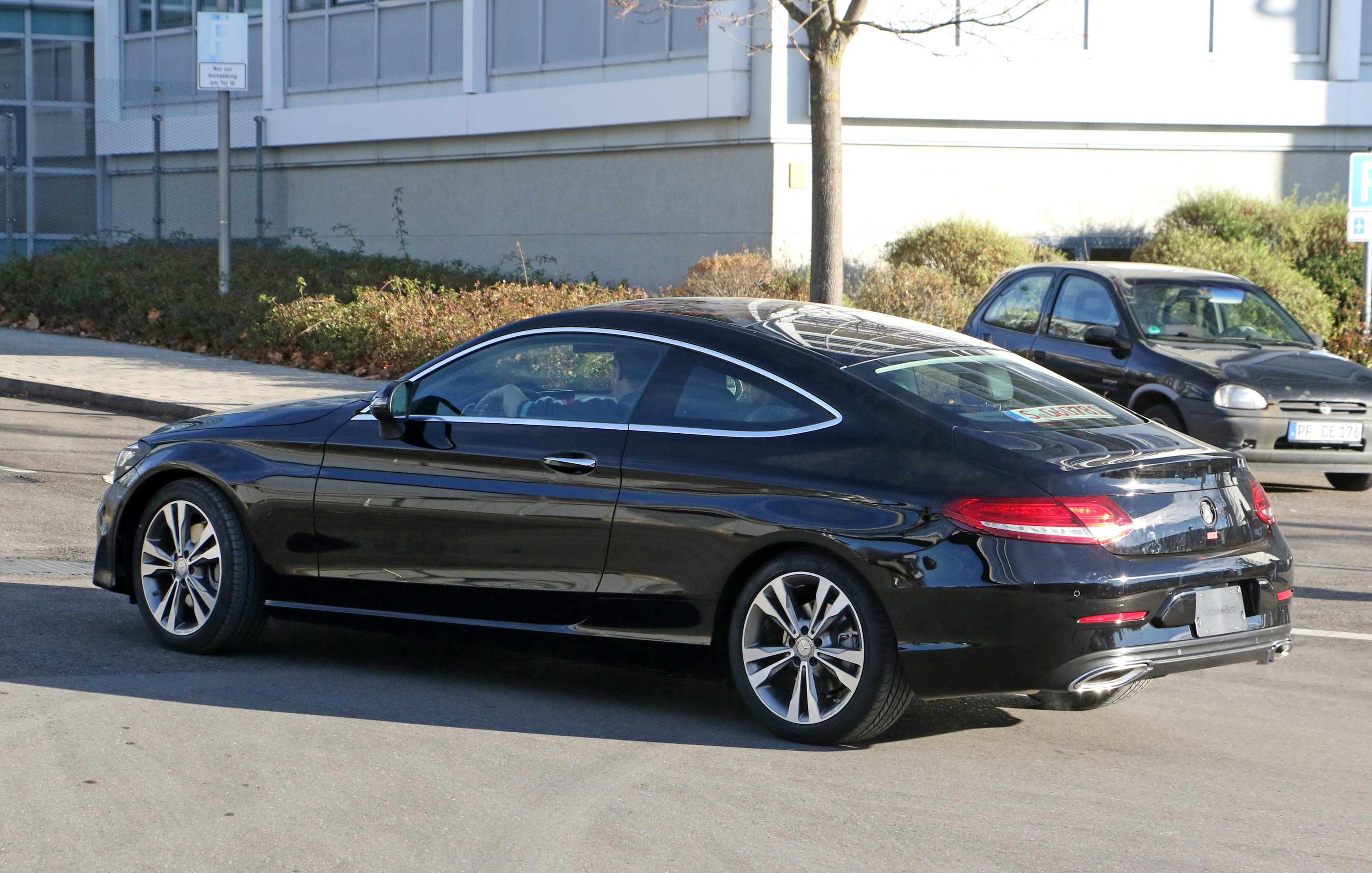 2018 Mercedes-Benz C-Class Coupe Gallery 698921