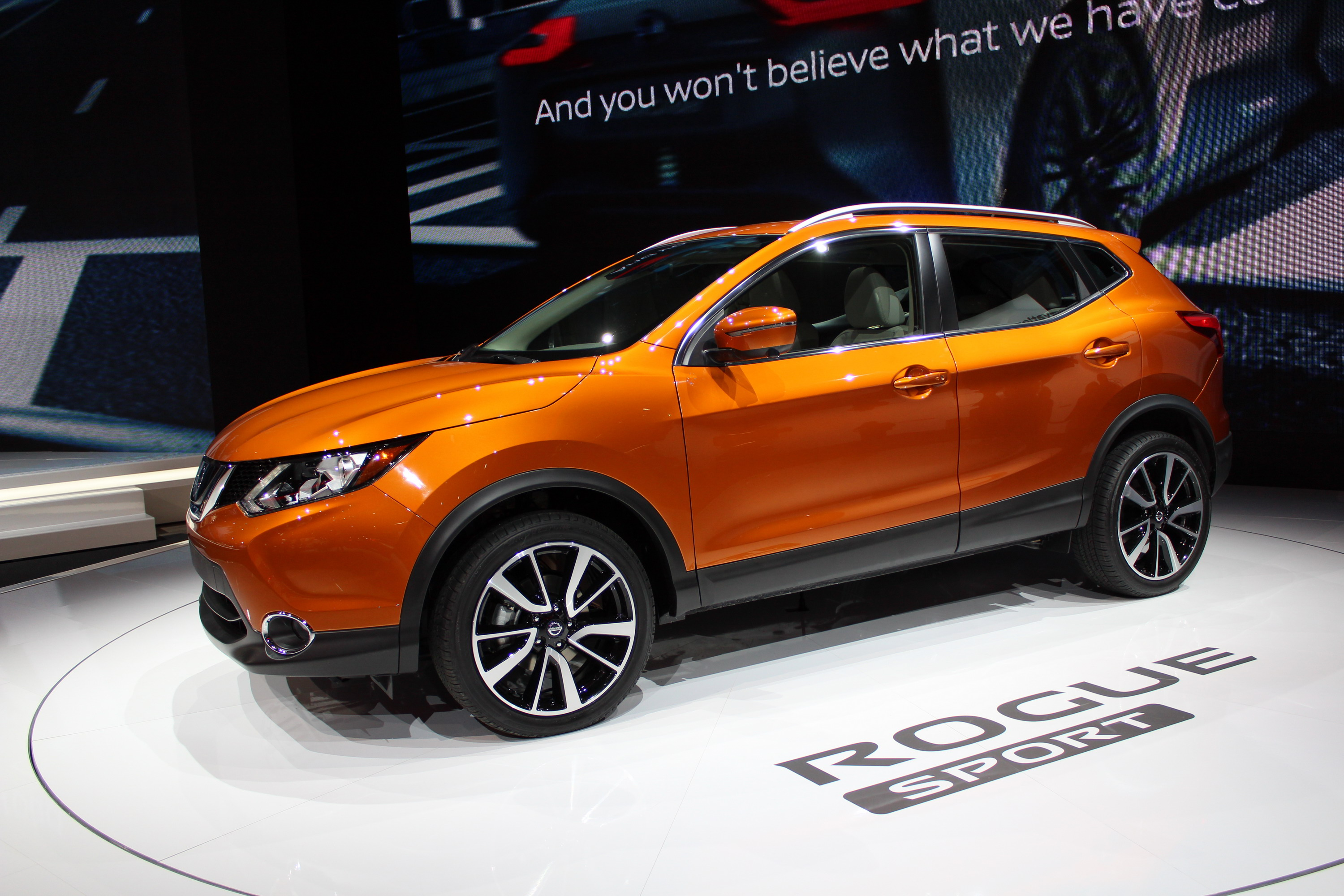 2017 nissan rogue sport review top speed. Black Bedroom Furniture Sets. Home Design Ideas